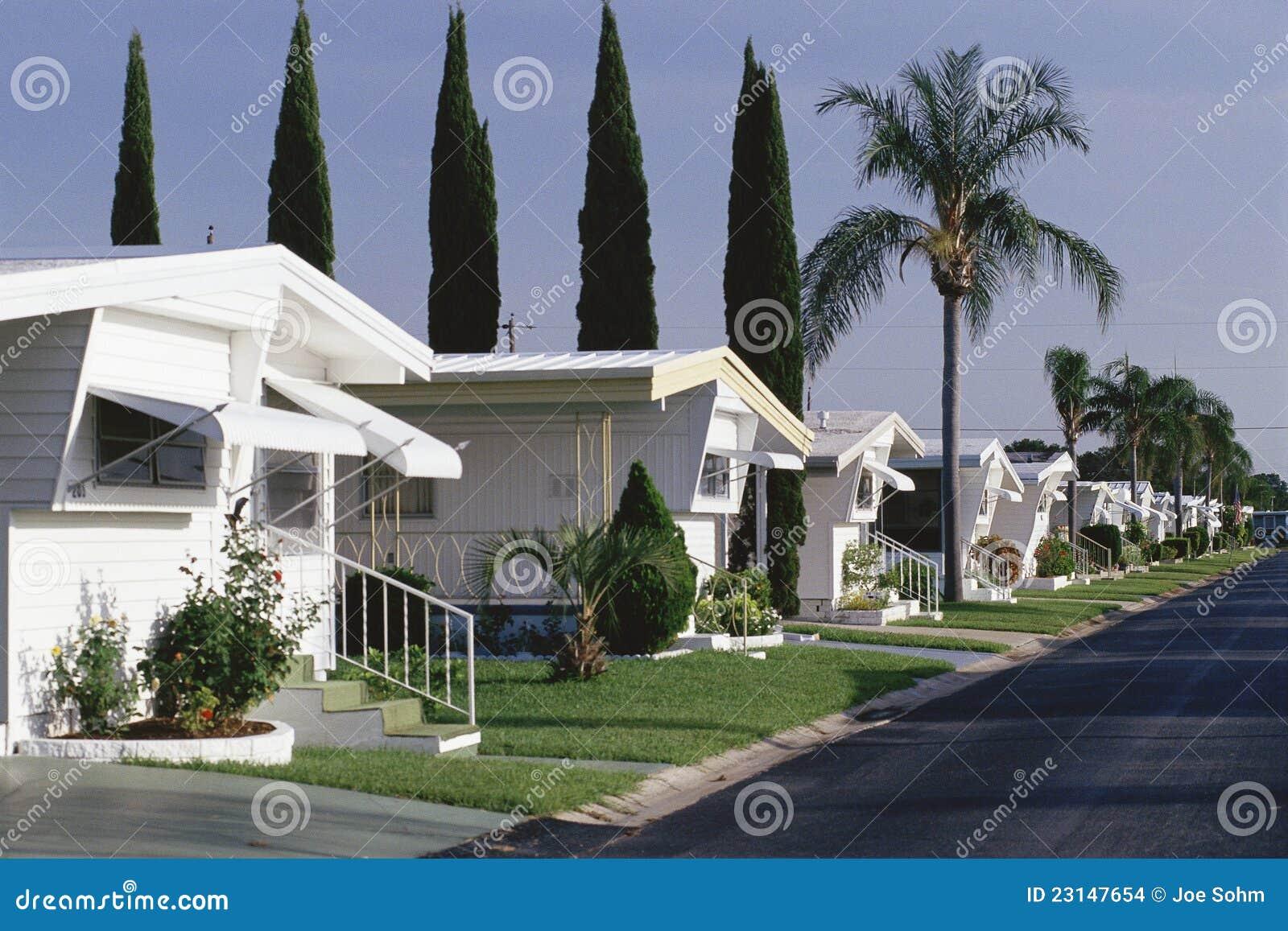 Parking de caravanes photo stock image du home florida for Florida mobili