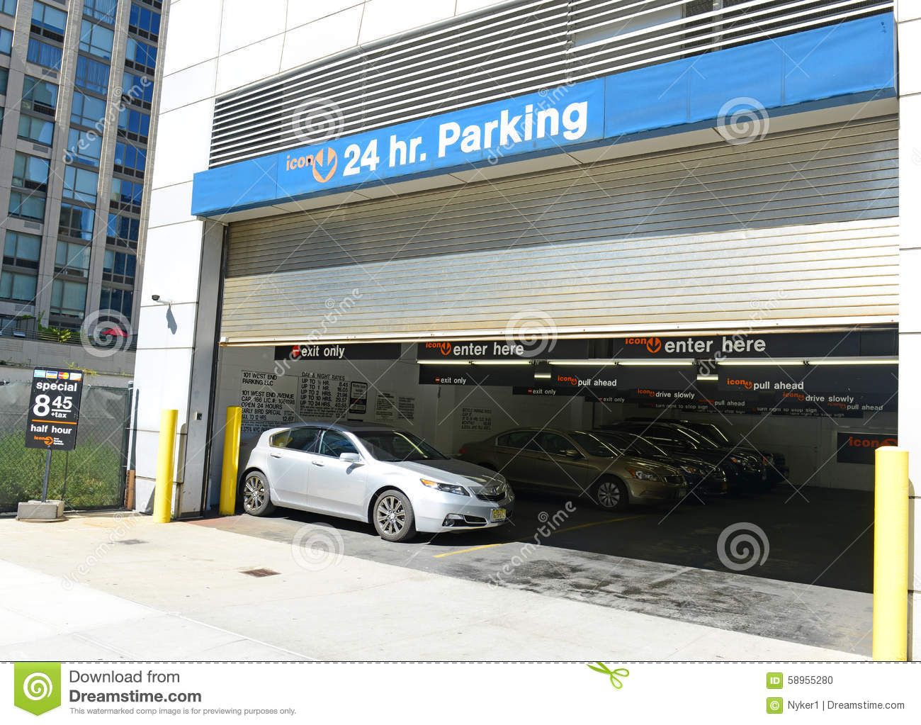 Parking garage in manhattan nyc editorial image image for Ny city parking garages
