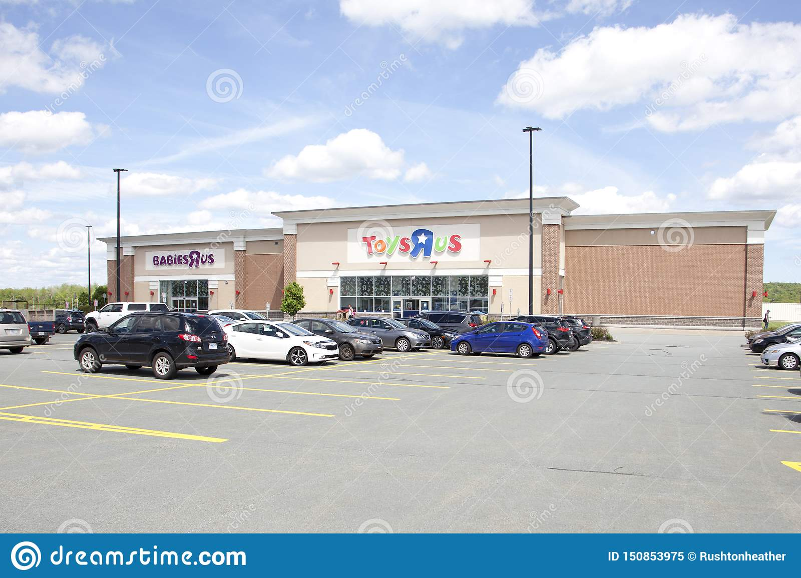 Cars R Us Sackville >> Parking Lot View Of Dartmouth Crossing S Toys R Us Store
