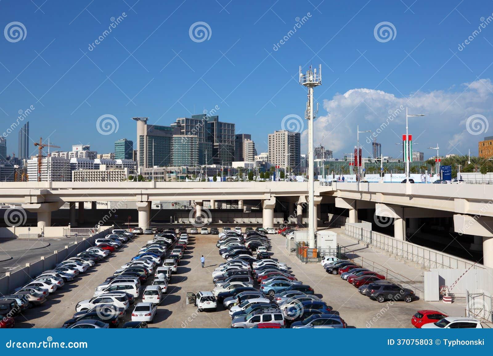 Download Parking Na Al Maryah Wyspie, Abu Dhabi Zdjęcie Stock Editorial - Obraz złożonej z udział, city: 37075803