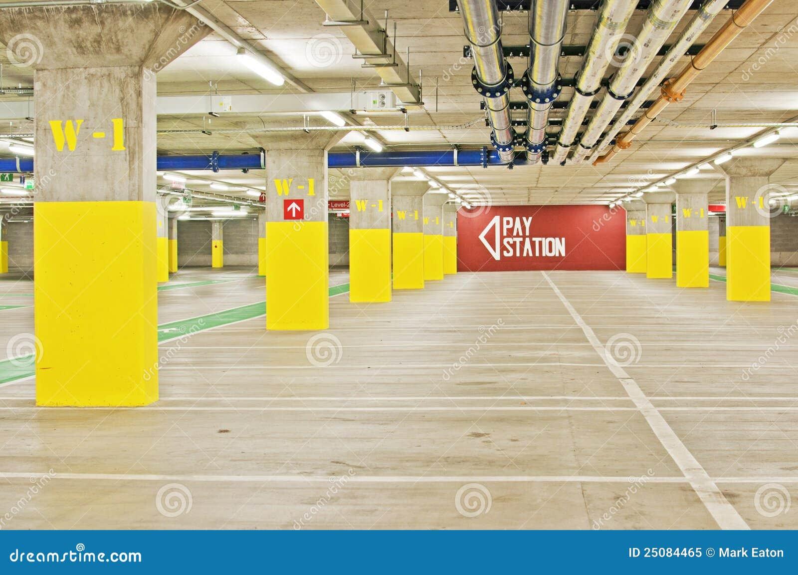 parking souterrain photo libre de droits image 25084465. Black Bedroom Furniture Sets. Home Design Ideas
