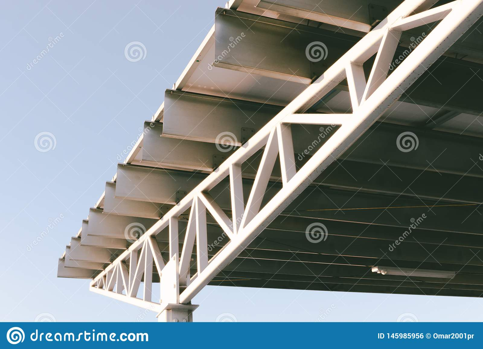 Parkplatz-Dach