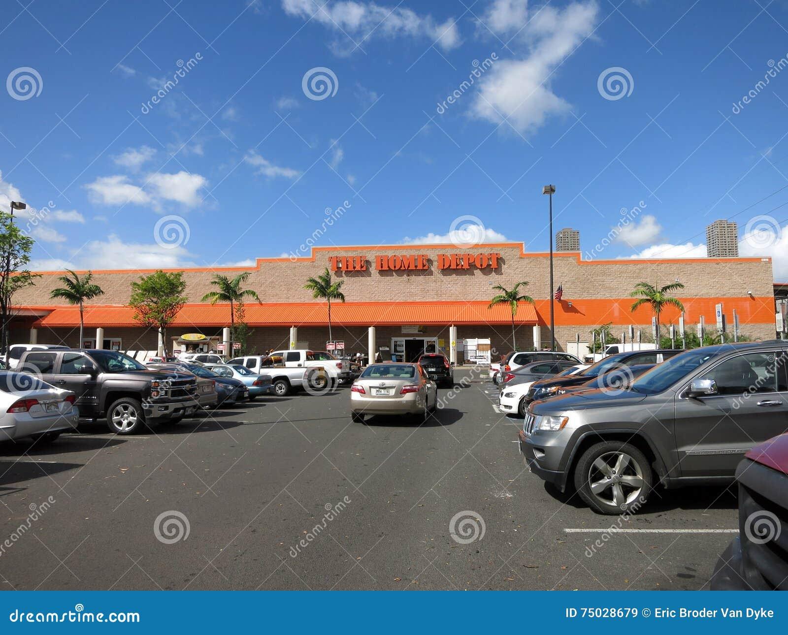 Parkplatz Oahus Home Depot Gefullt Mit Autos Redaktionelles
