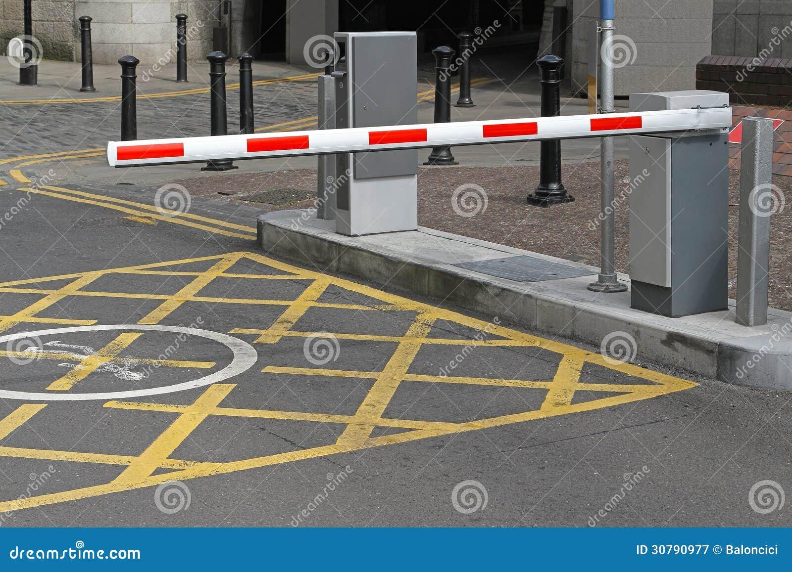parkplatzsperre stockbild. bild von eingang, beschränkung - 30790977