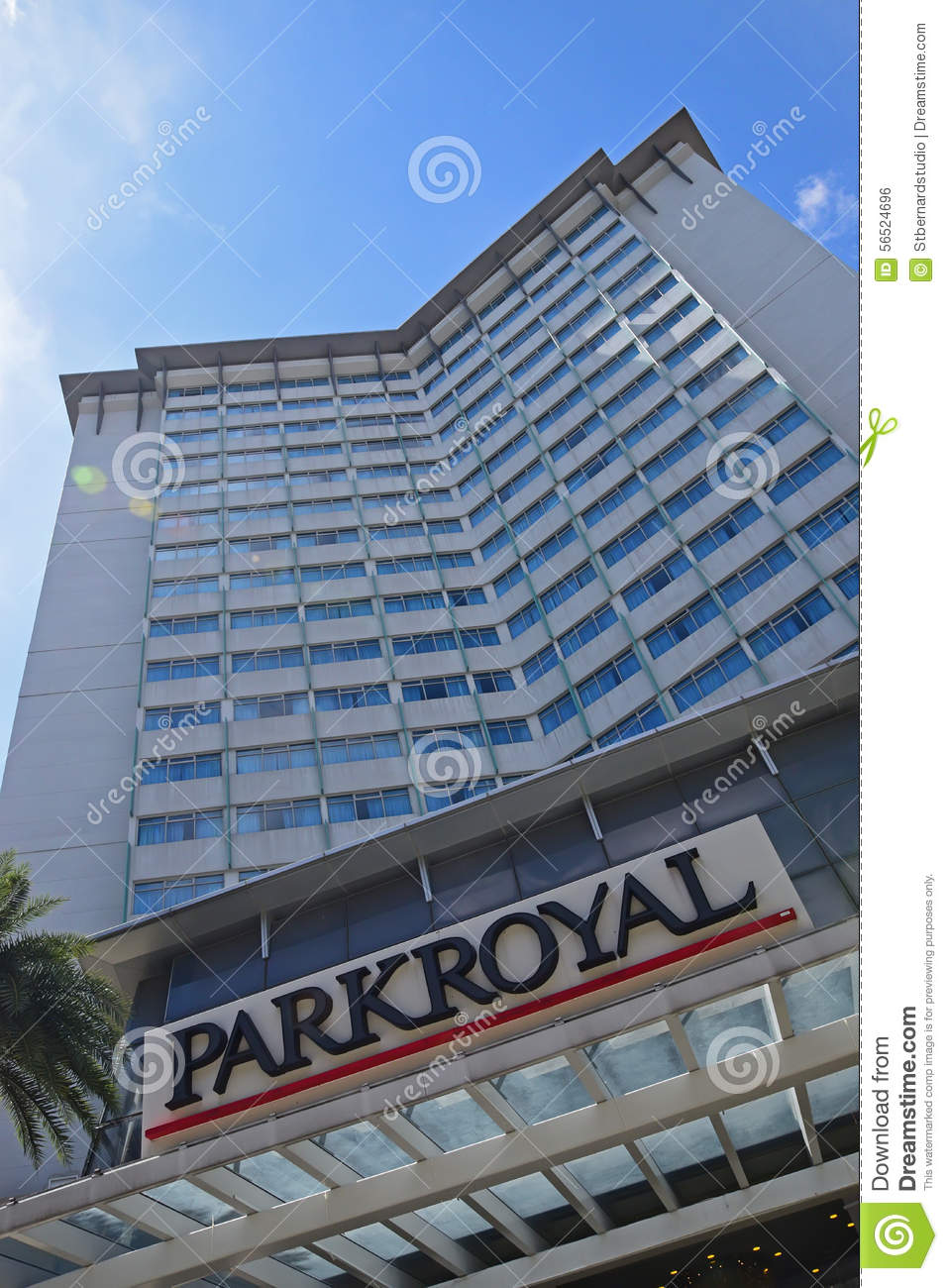 Parkroyal hotel building in singapore at kitchener road managed by pan pacific hotels group