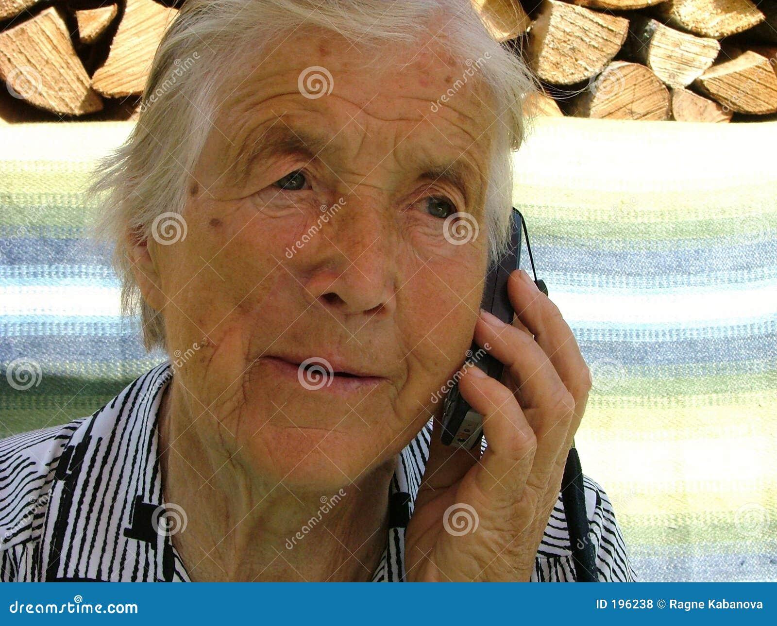 Parler avec un téléphone portable