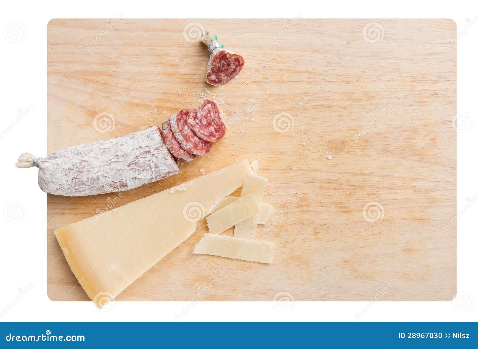 Parmezańskiego sera klin i wysuszony salami