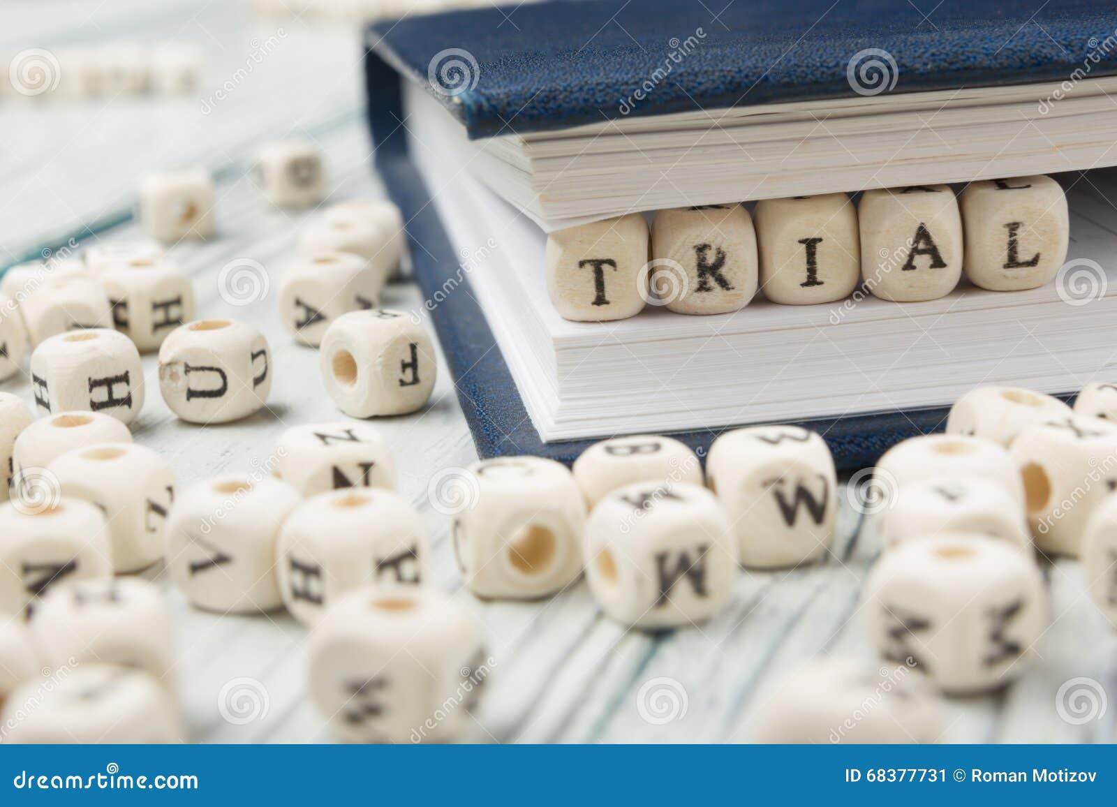 Parola DI PROVA scritta sul blocco di legno ABC di legno