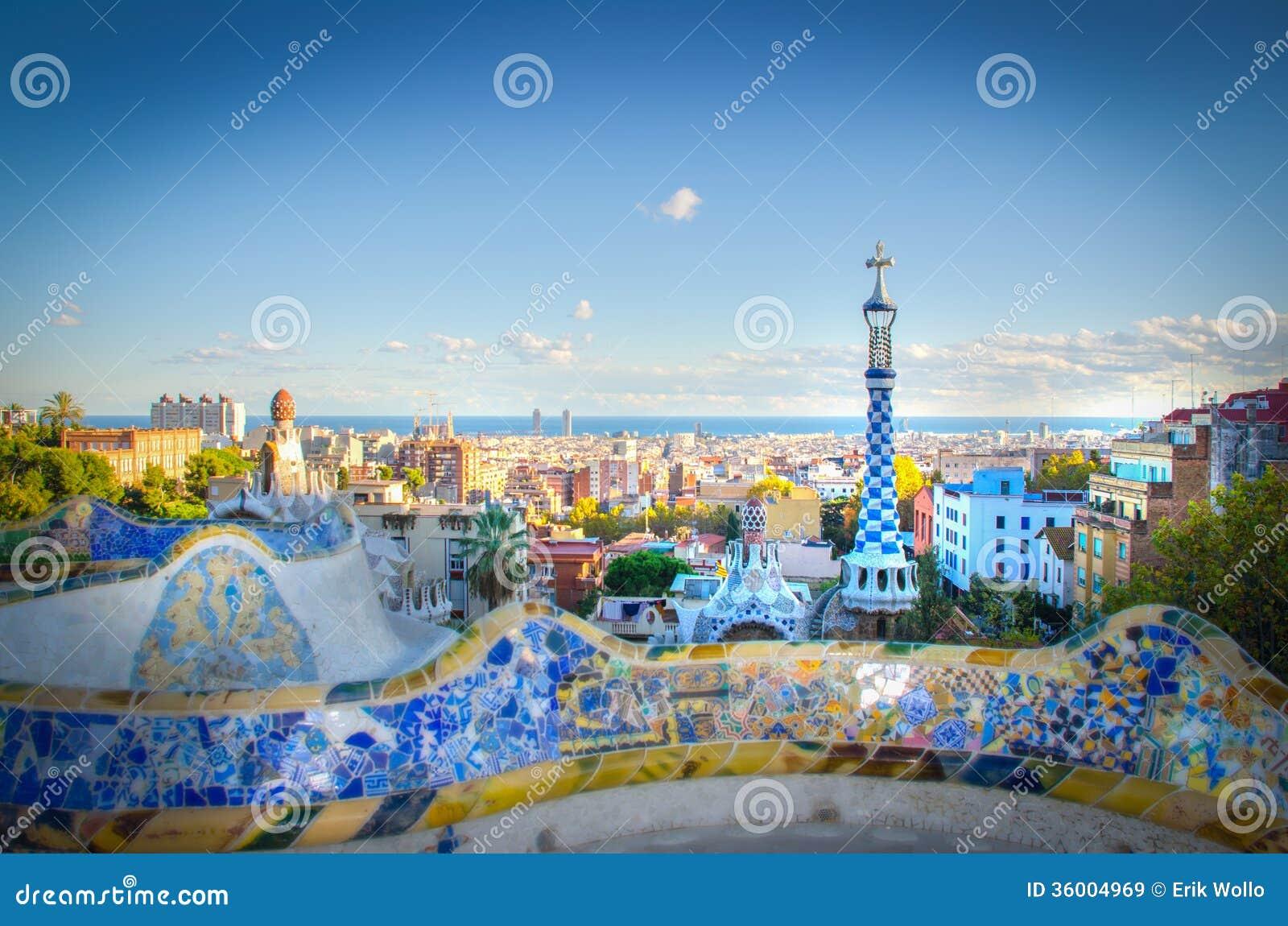 Parque de antoni gaudi im genes de archivo libres de for Barcelona jardin gaudi