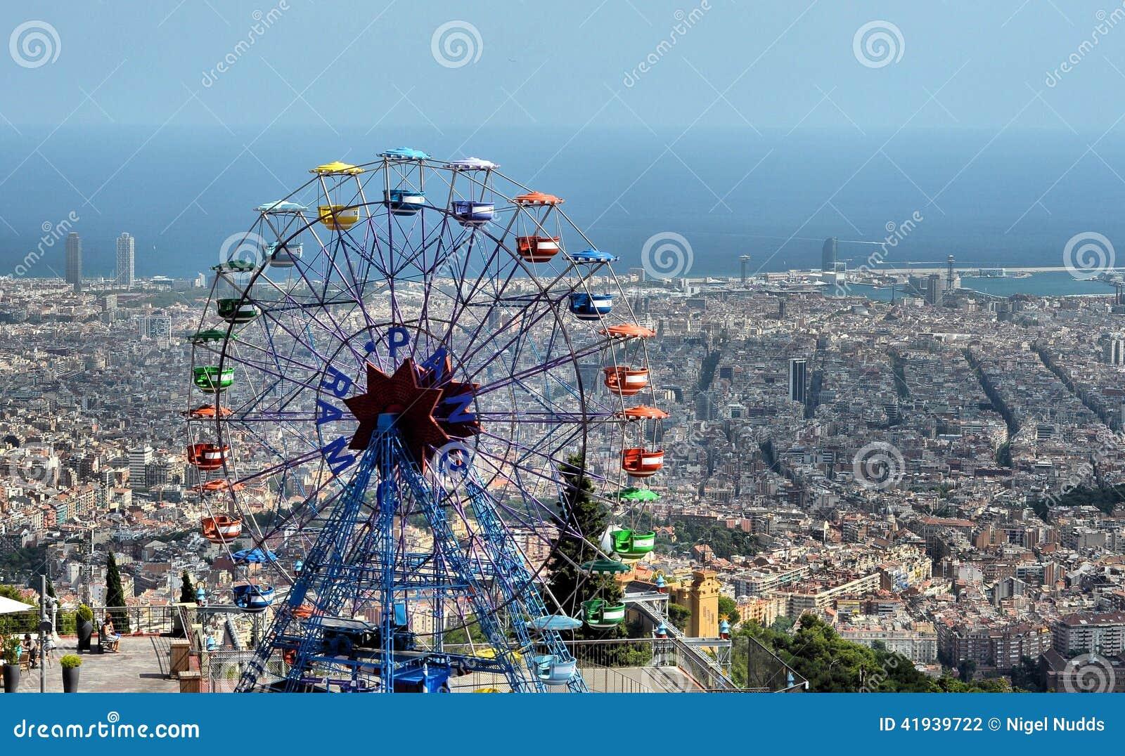 Parque de diversões de Tibidabo - Barcelona, Espanha