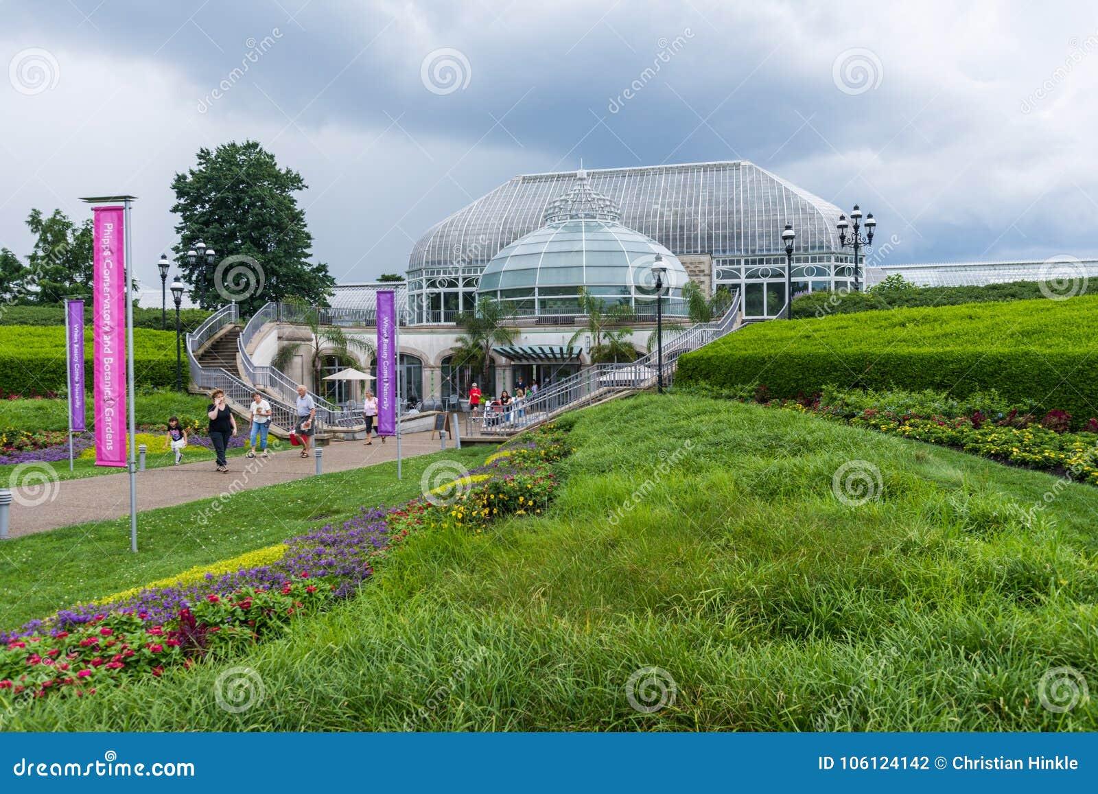 Parque de Schenley al lado de la universidad de estado de Pittsburgh en Pittsburgh,