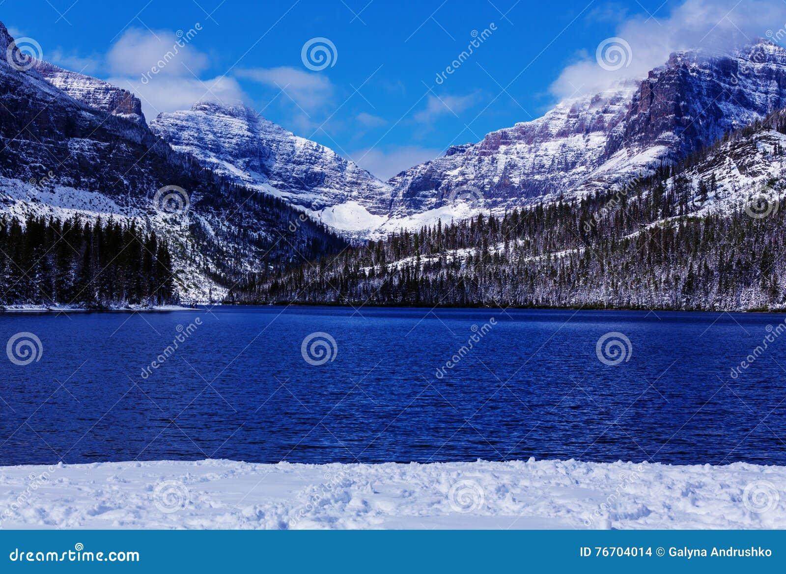 Parque del glaciar en invierno