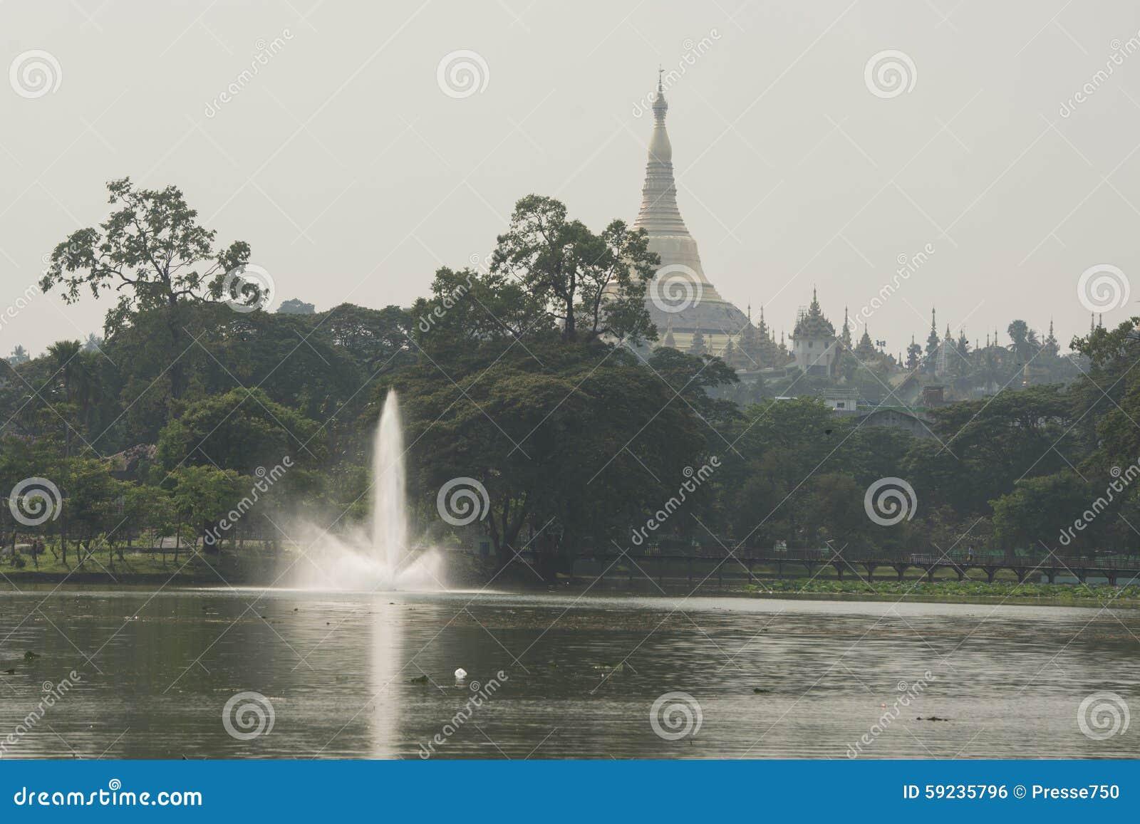 Download PARQUE DEL LAGO DE ASIA MYANMAR RANGÚN KANDAWGYI Foto de archivo - Imagen de lago, parque: 59235796