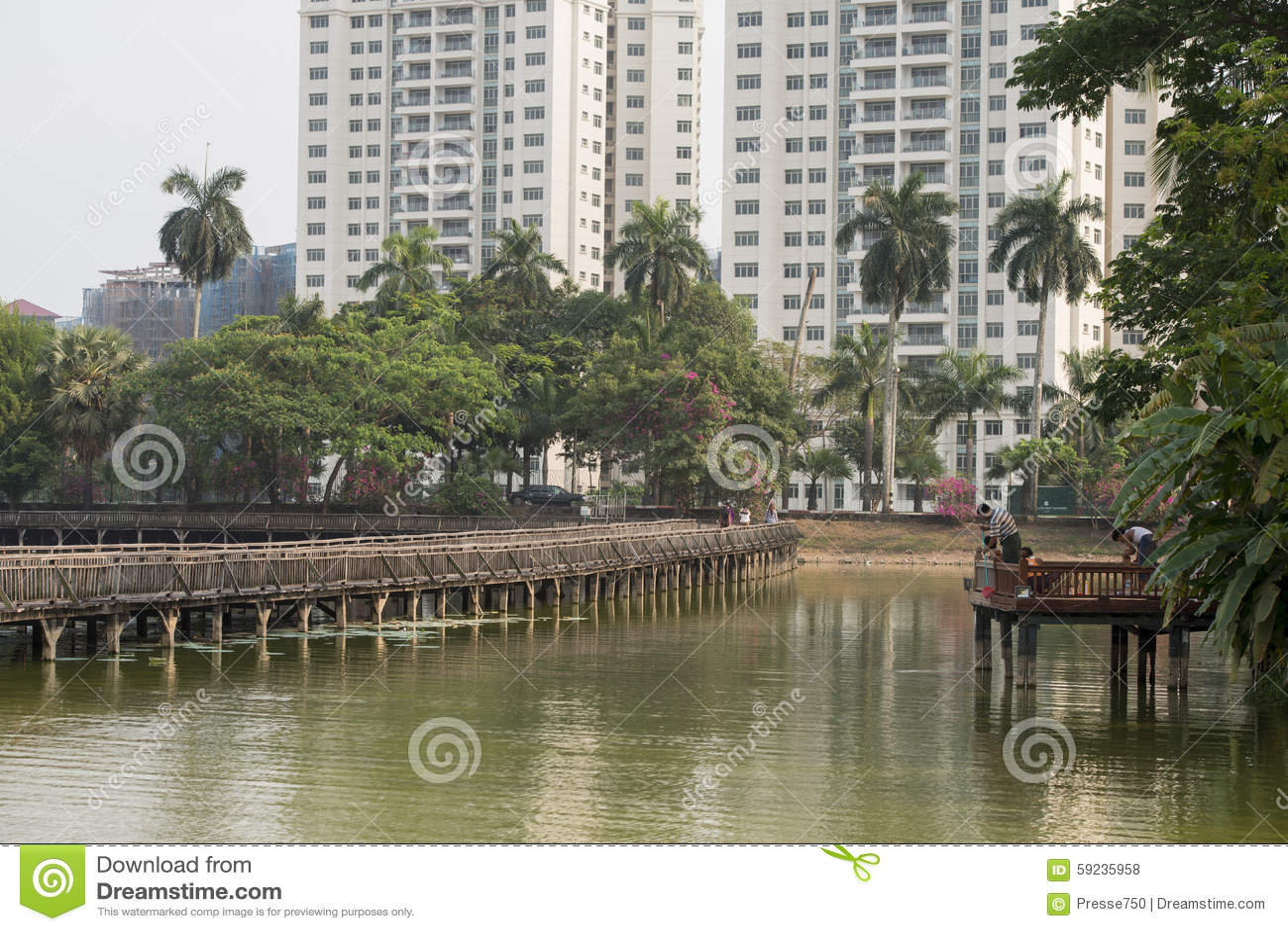 Download PARQUE DEL LAGO DE ASIA MYANMAR RANGÚN KANDAWGYI Foto de archivo - Imagen de puente, parque: 59235958