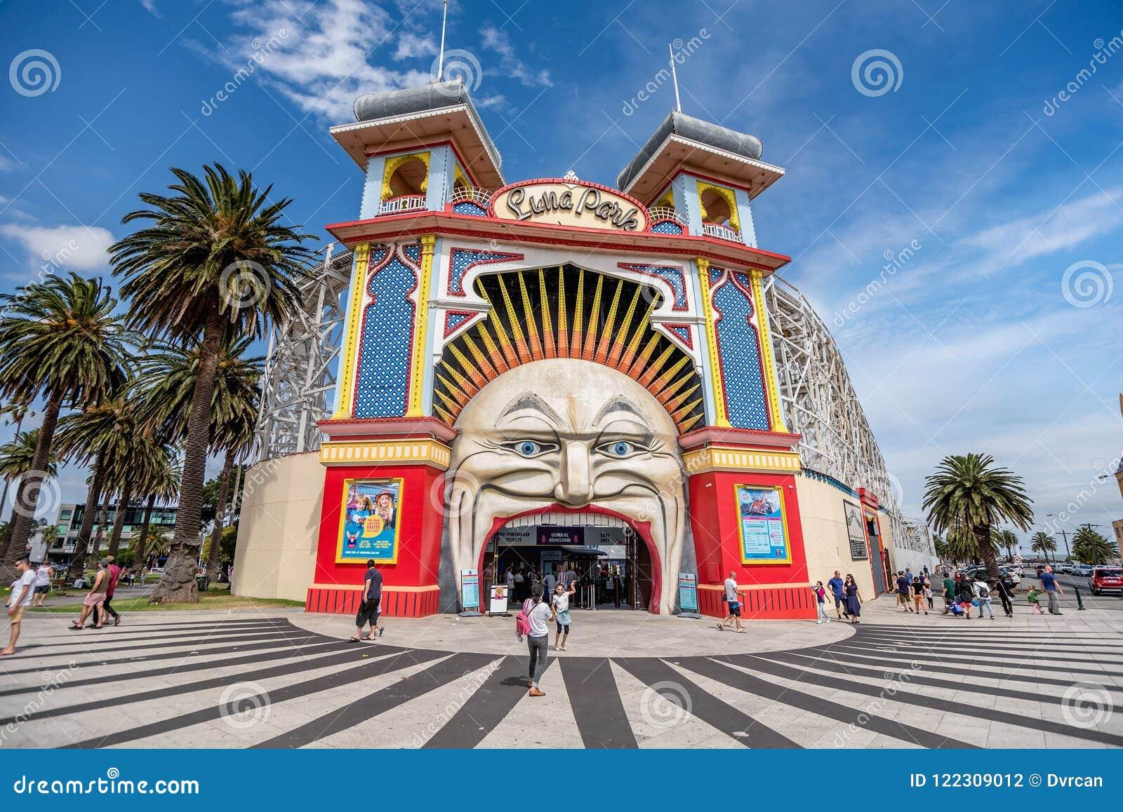 Parque do amuzement de Luna Park em Melbourne, Austrália