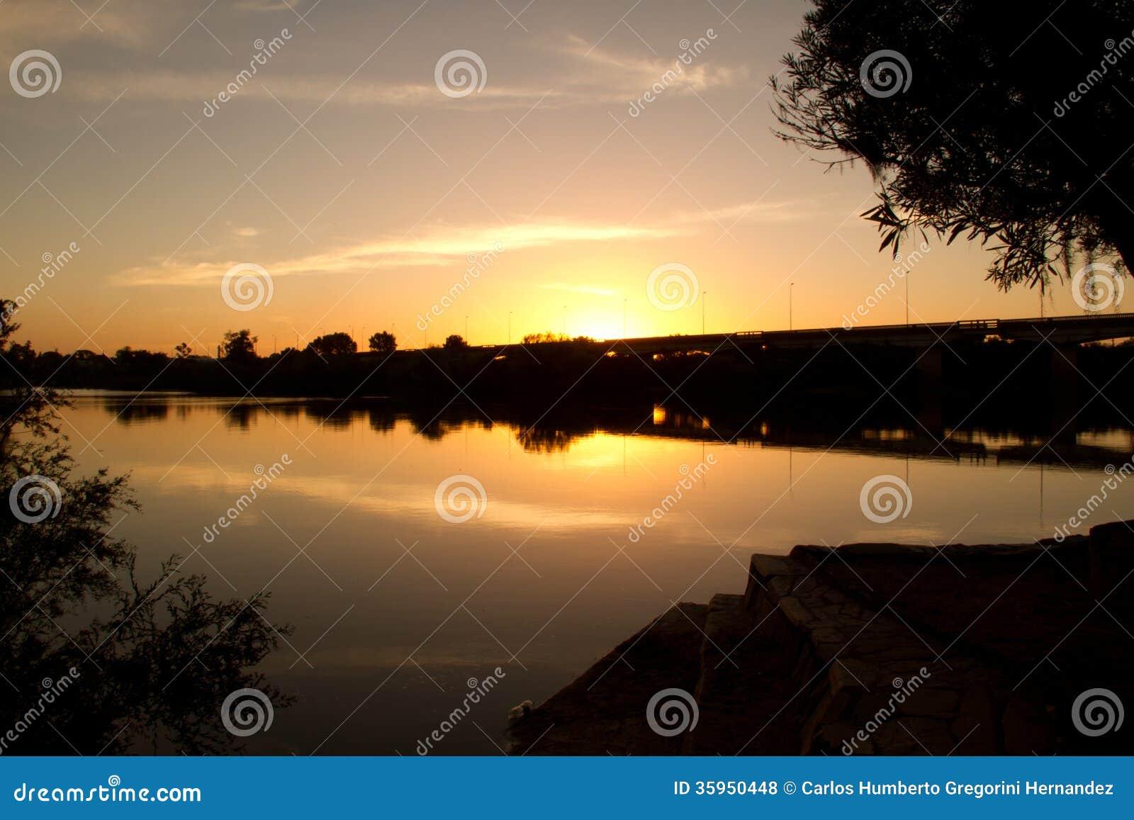 Parque en el río de Olimar