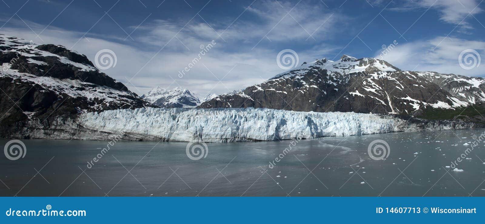 Parque nacional Alaska de louro de geleira dentro da passagem
