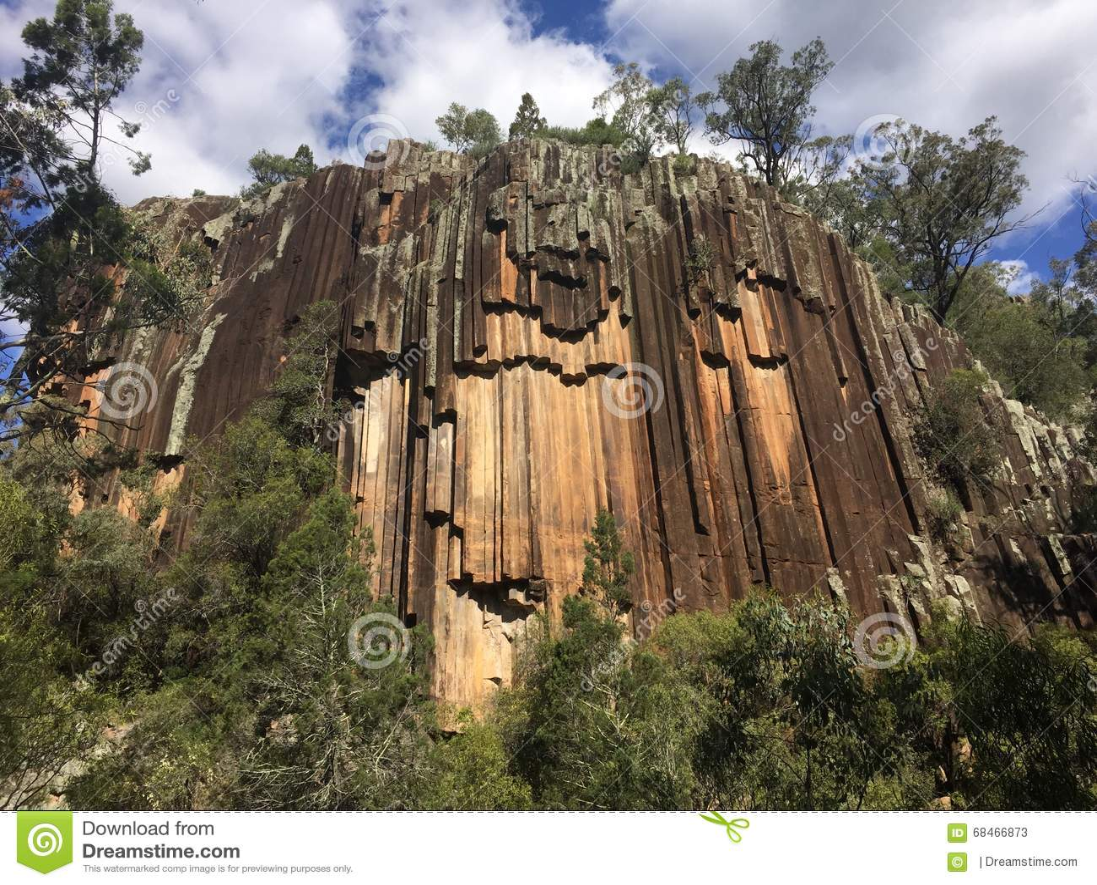 Parque nacional aserrado del mt kapatur de la formaci n de for Formacion de la roca
