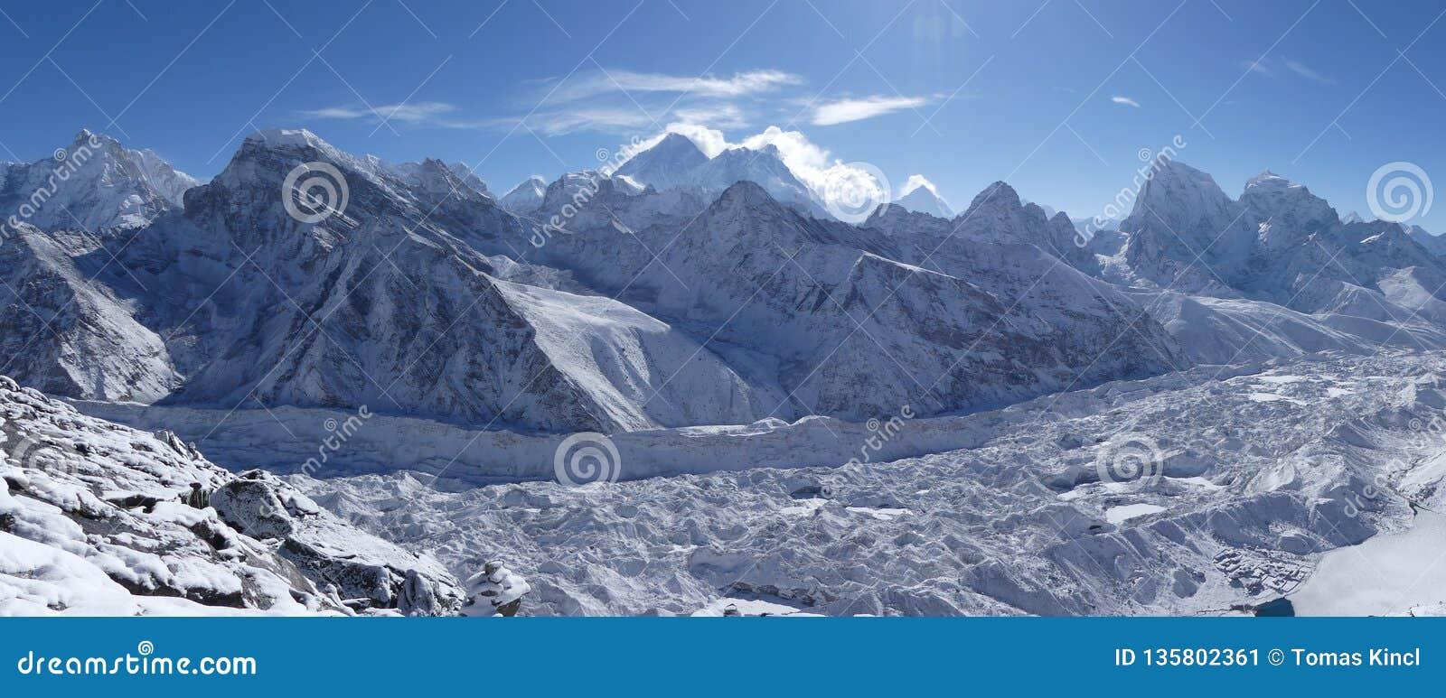 Parque nacional de Sagarmatha, geleira de Everest, de Lhotse e de Ngozumpa
