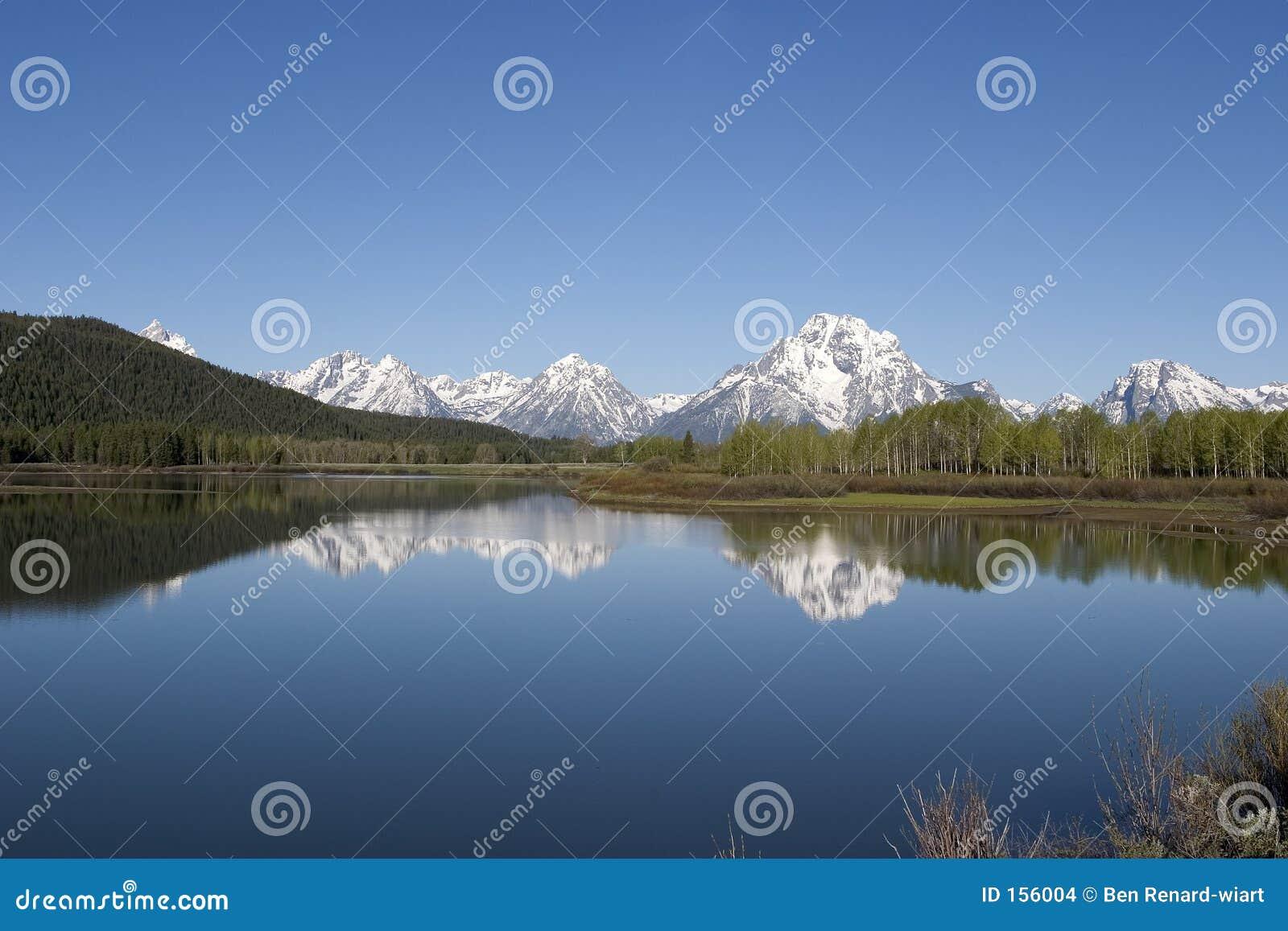 Parque nacional grande e reflexões de Tetons