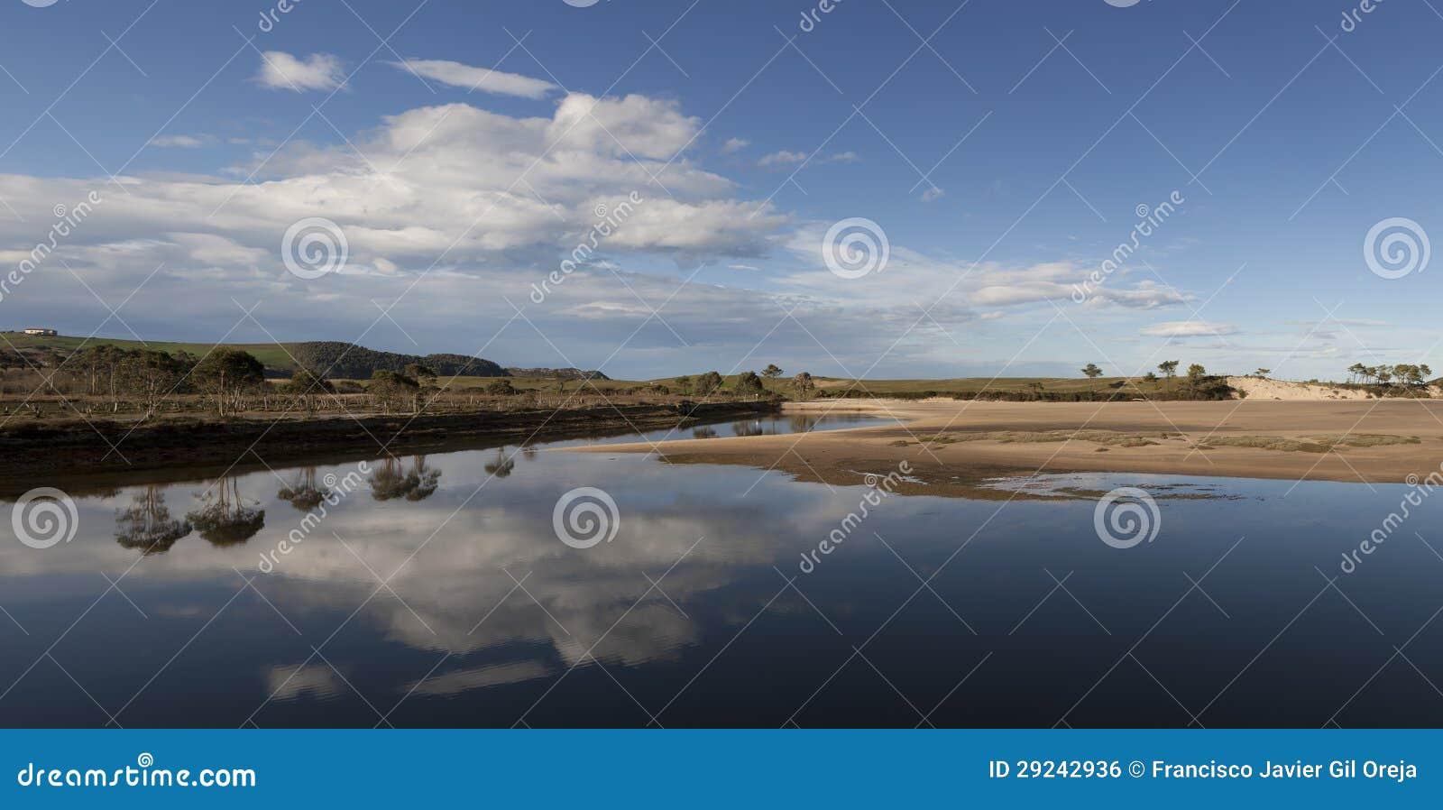 Download Parque Natural De Oyambre, Cantábria Foto de Stock - Imagem de spain, ensolarado: 29242936