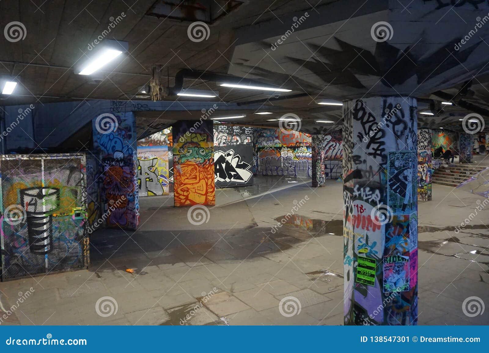 Parque subterrâneo dos grafittis, Londres especial