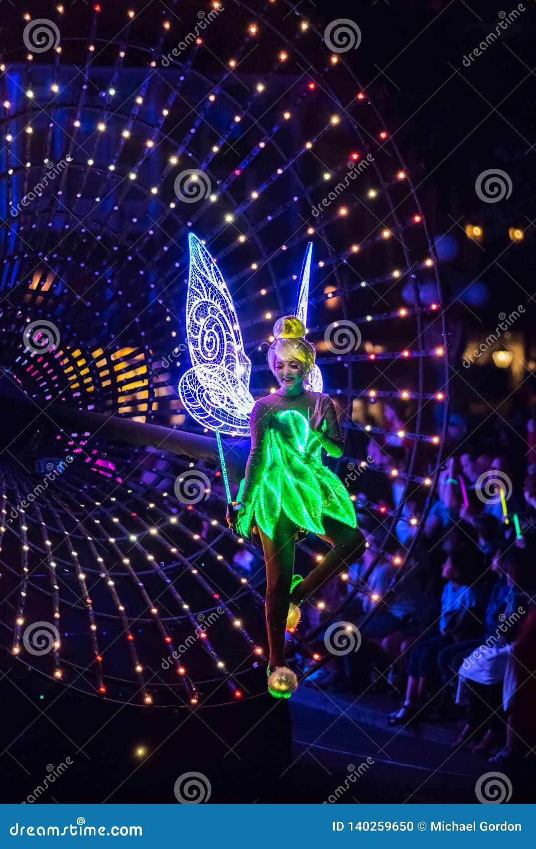 Parque temático de Disneyland de Walt Disney Company en Anaheim