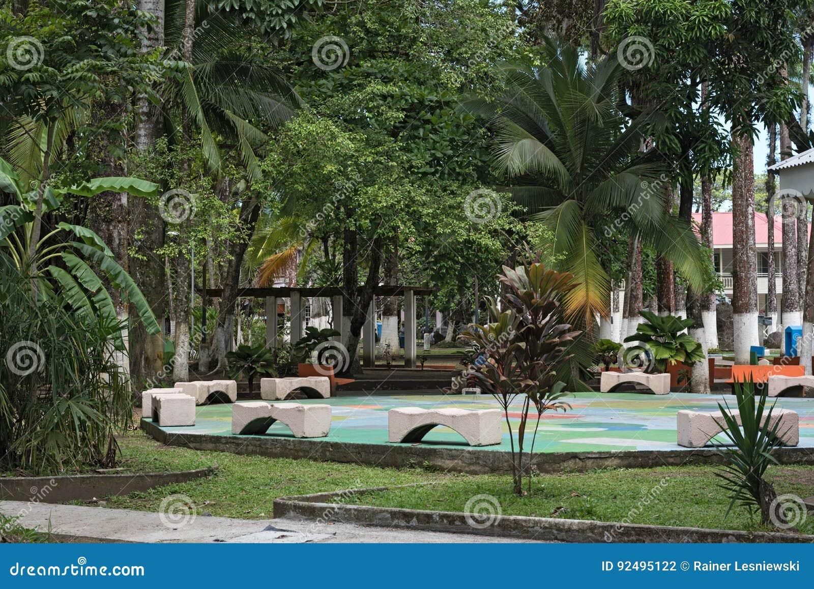 Parque Vargas, stad parkerar i Puerto Limon, Costa Rica