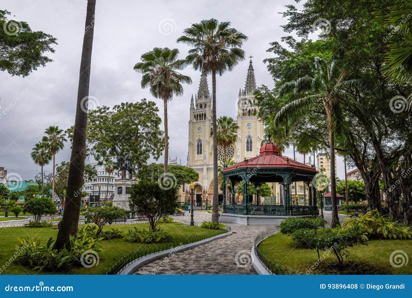 Parque y catedral metropolitana - Guayaquil, Ecuador de las iguanas del parque de Seminario