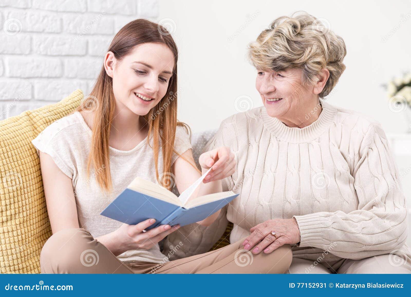 Partager un bon morceau de lire avec elle