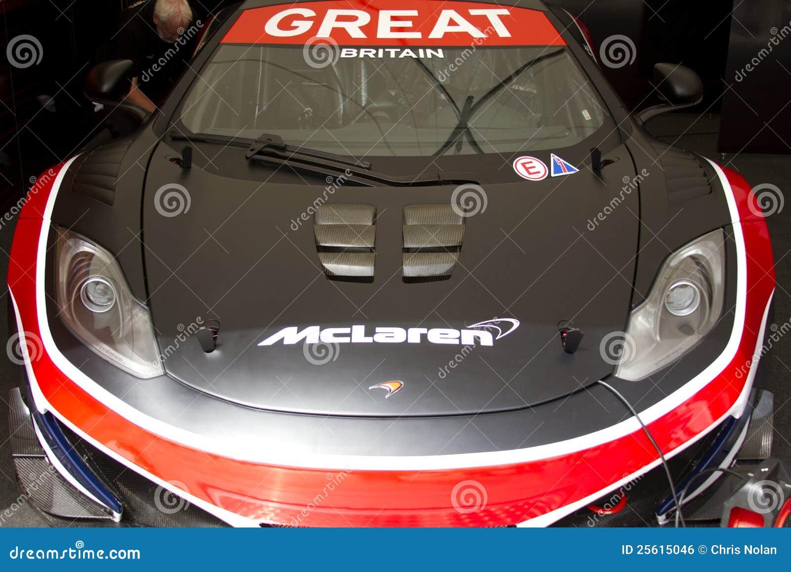 Parte anteriore dell automobile blu di McLaren mp4-12c gt3