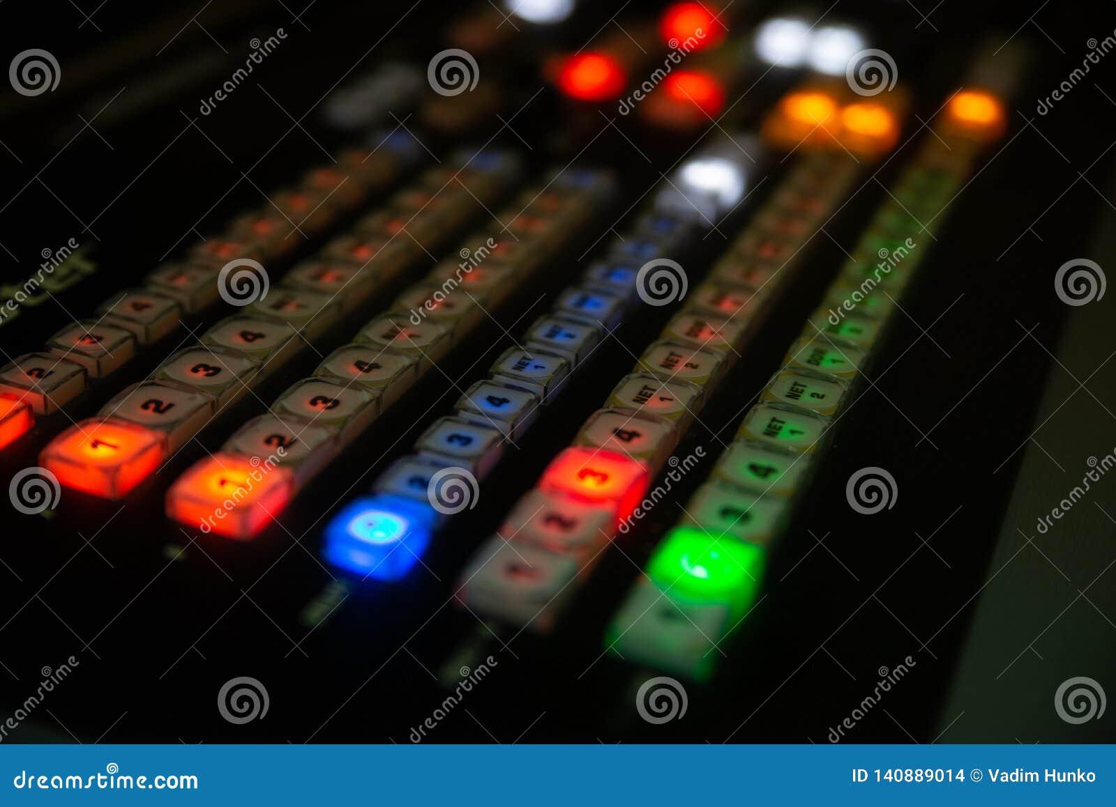 Parte da mistura audio do console profissional