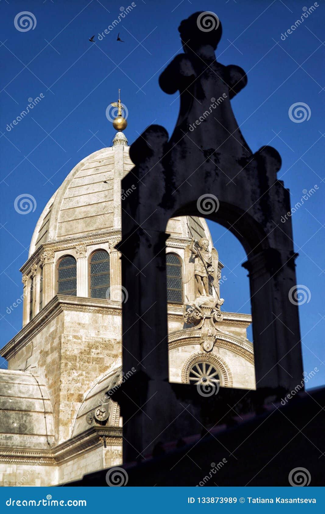 Parte de la catedral de San Jaime en Sibenik, Croacia