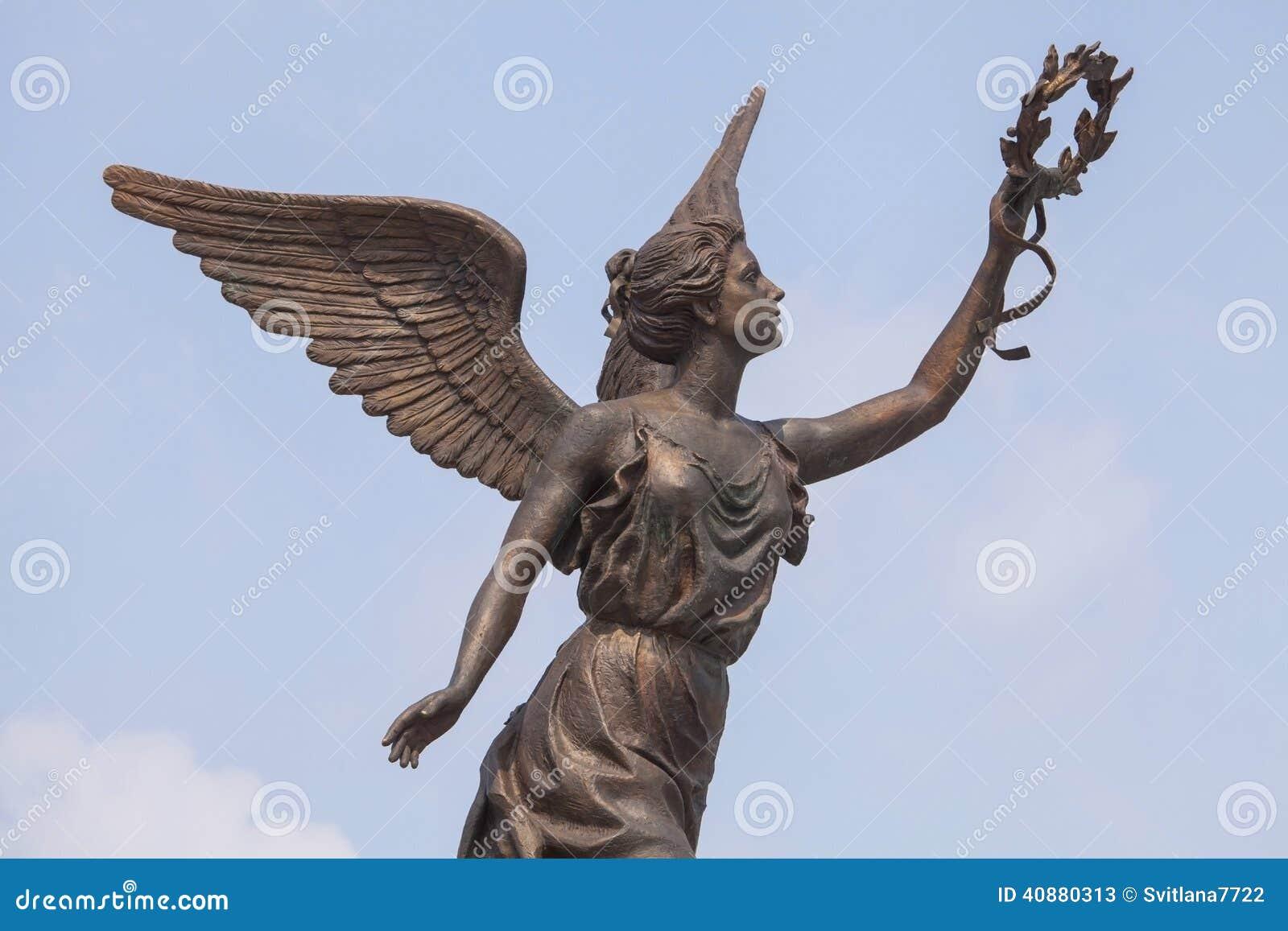 half off 2c1cc 4679a Parte del monumento a la diosa de la victoria Nike