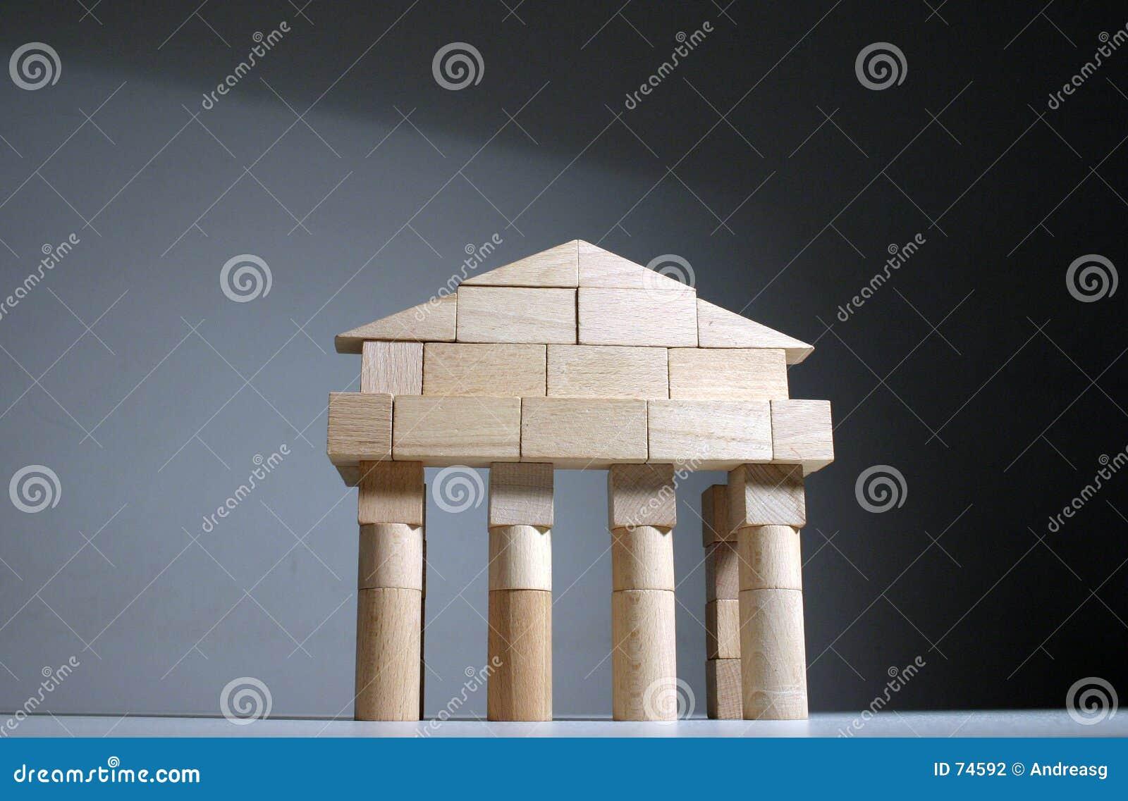 Parte dianteira antiga do templo