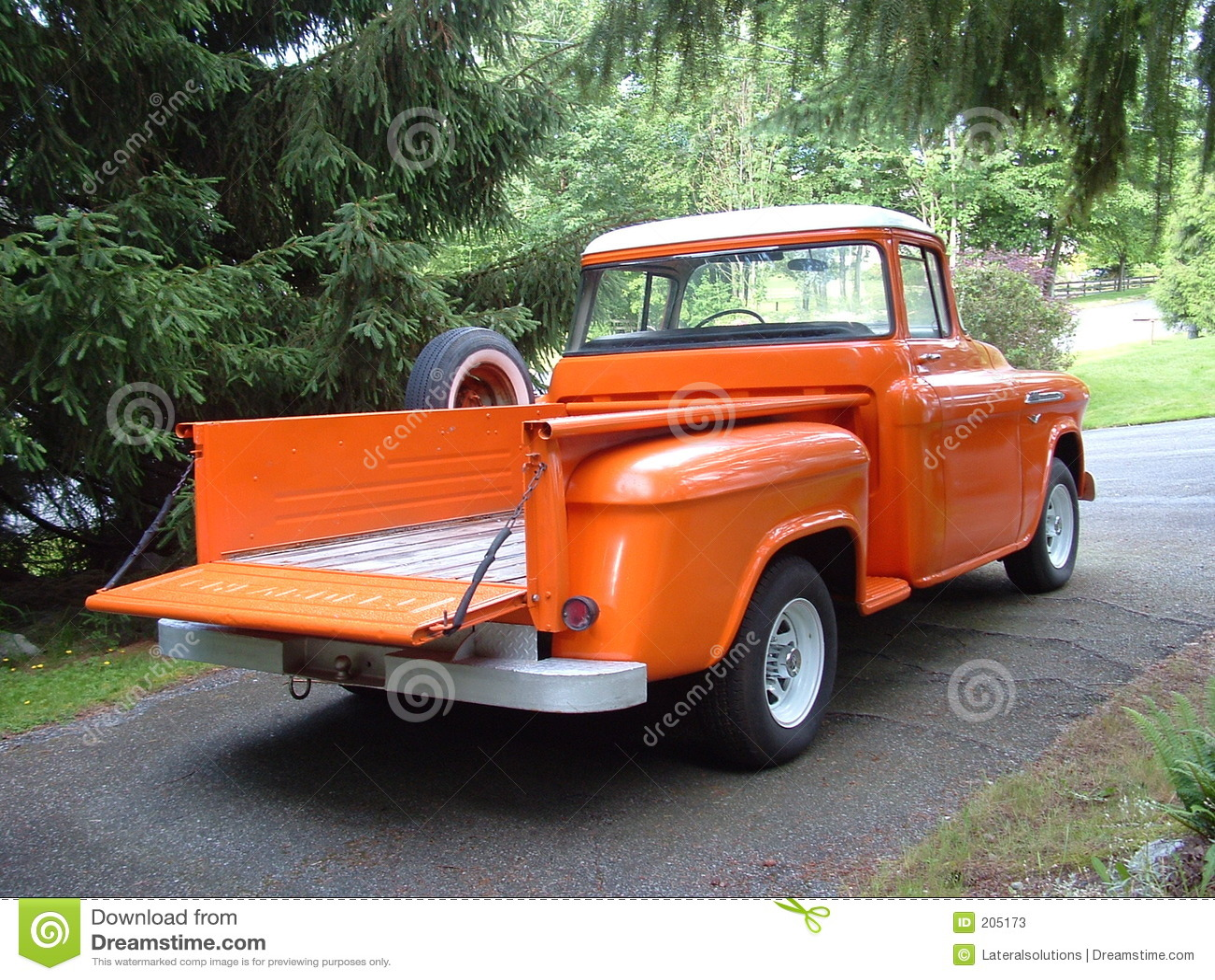 Parte posteriore di 56 Chevy