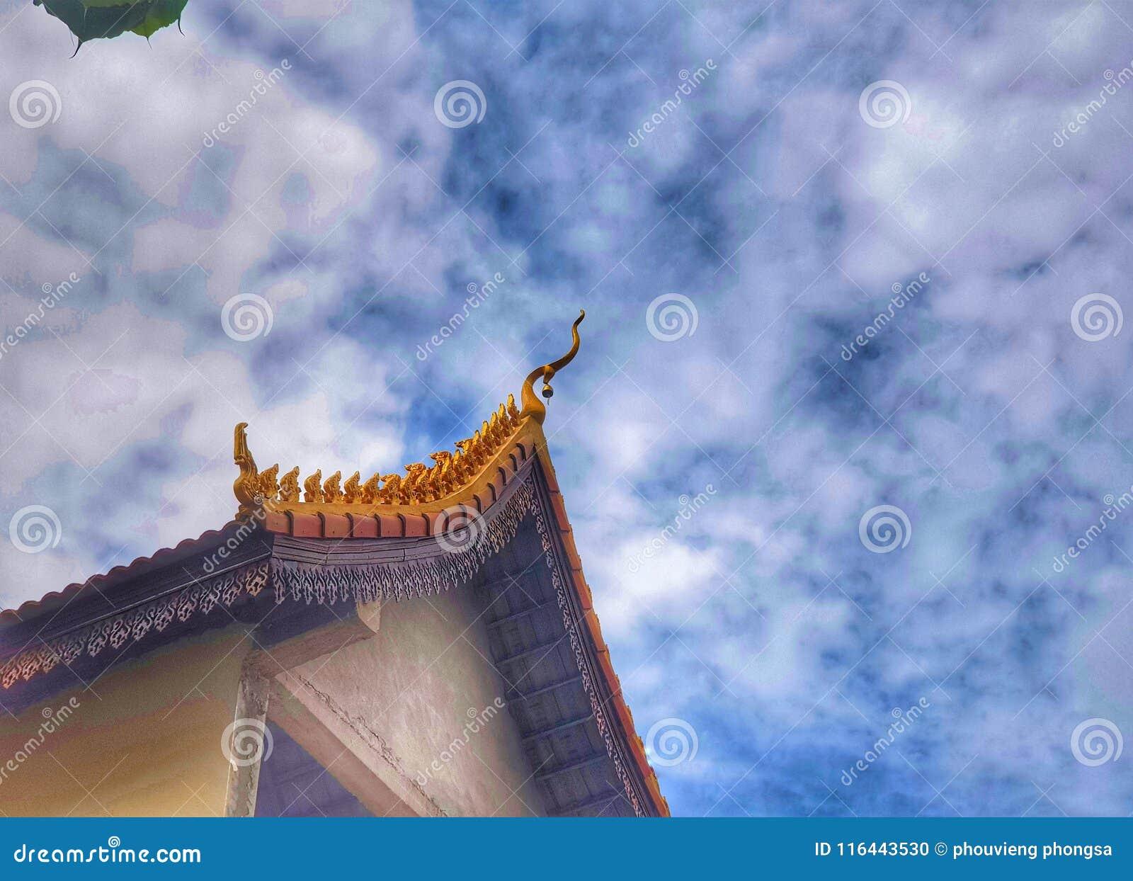 A parte superior do telhado do templo