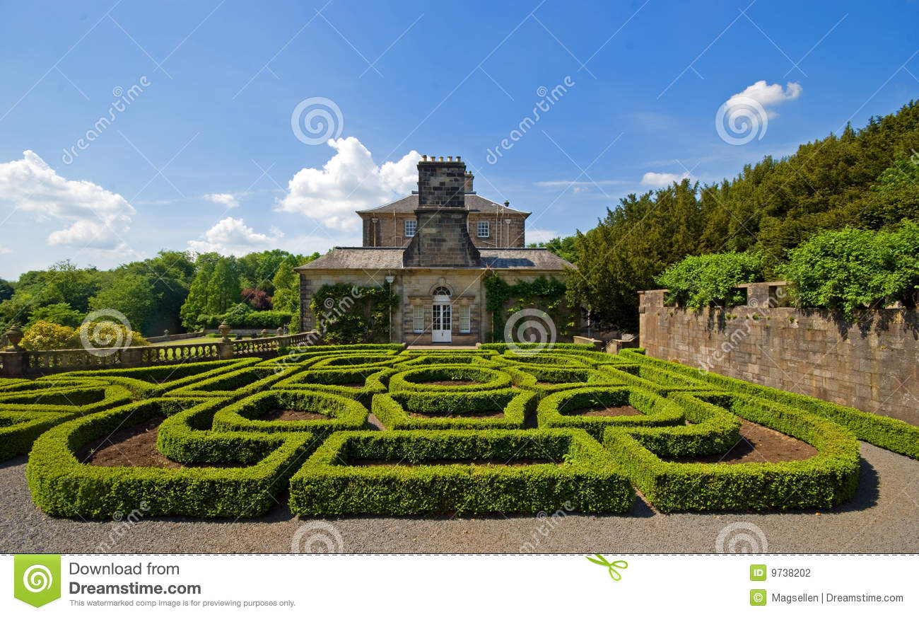Parterre topiary stock photography image 9738202 for Parterre 3d