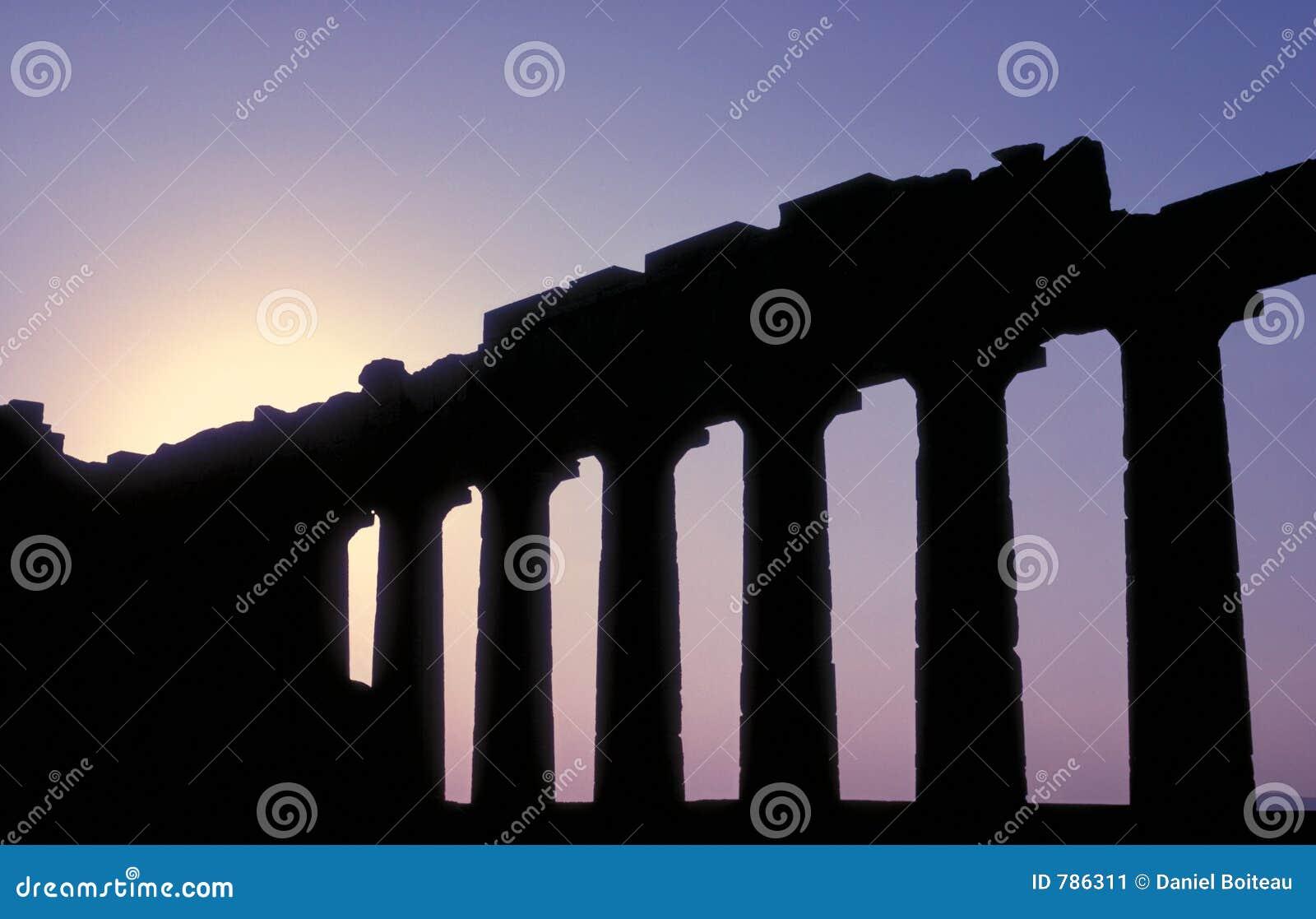 Parthenon 18