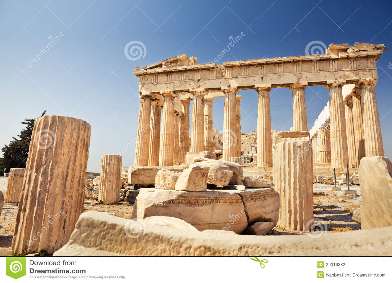 Parthenon på acropolisen i Athens