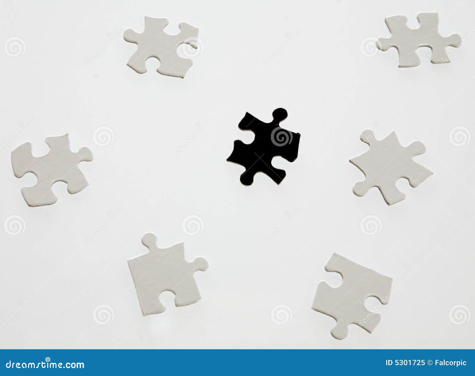 Download Parti di puzzle immagine stock. Immagine di bianco, successo - 5301725