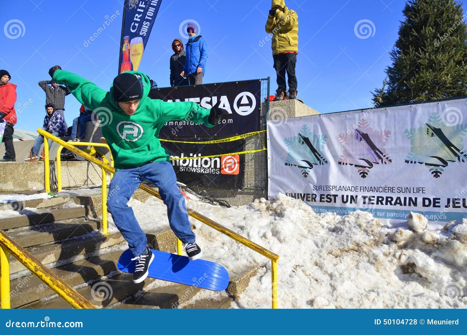 Participant au snowboarding