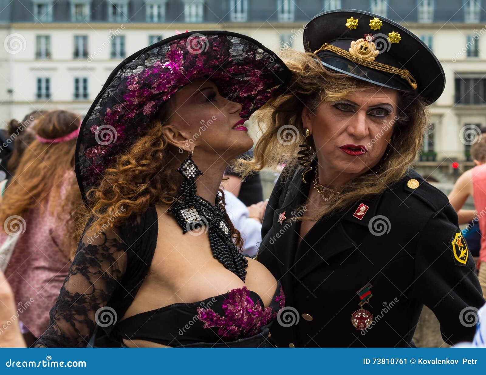 rencontre gay a paris à Cannes