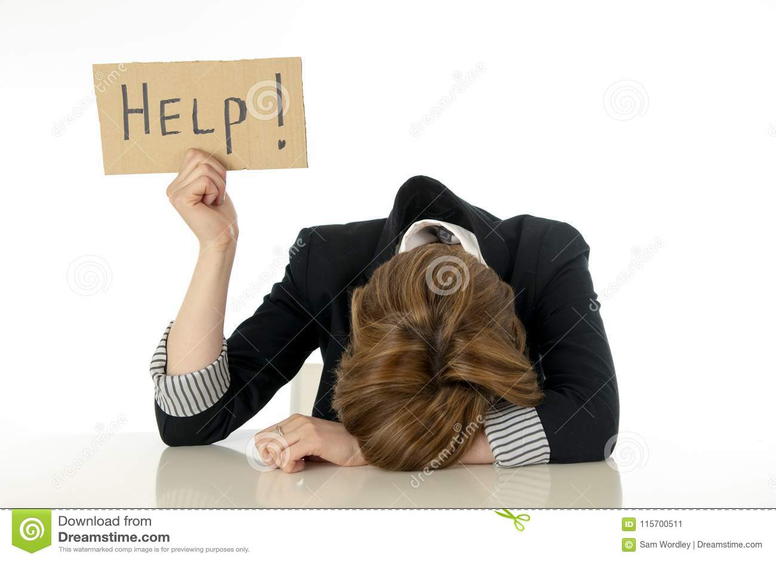 Participation accablée et désespérée de belle jeune femme d affaires un signe d aide