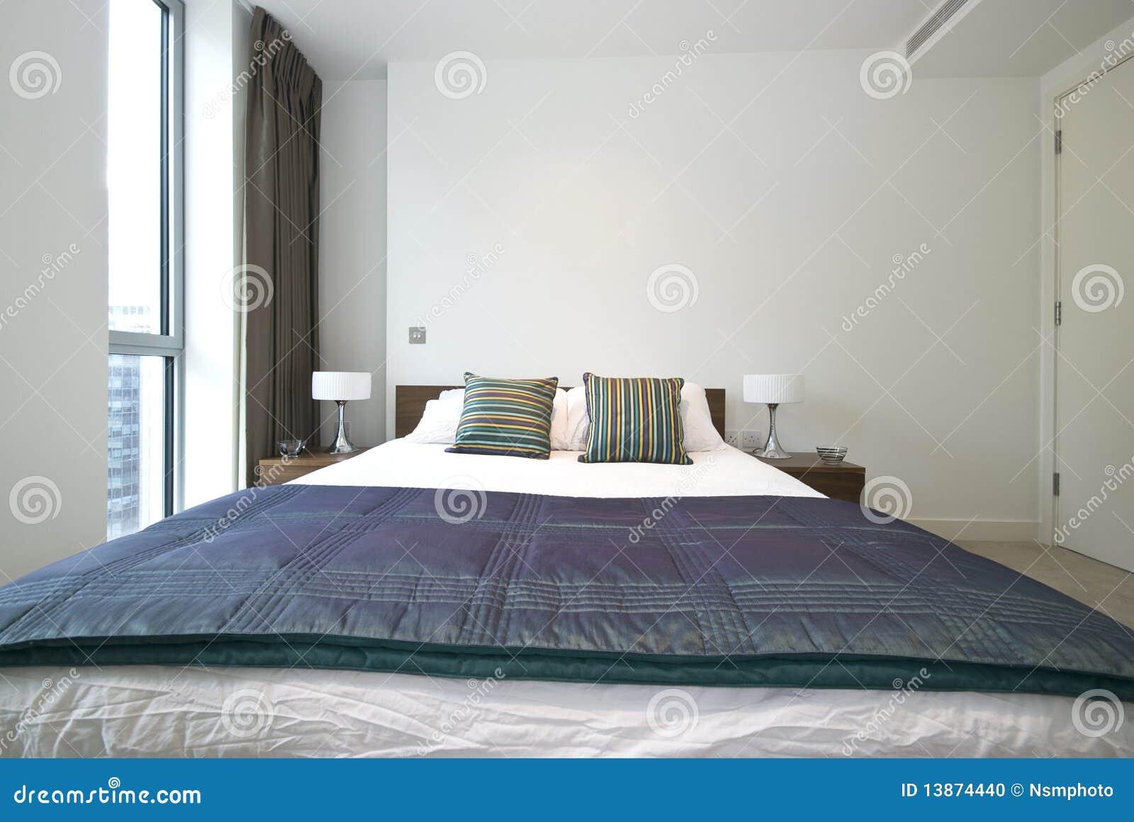 Particolare di una camera da letto moderna lussuosa fotografia stock immagine di contemporaneo - Lumi camera da letto moderna ...