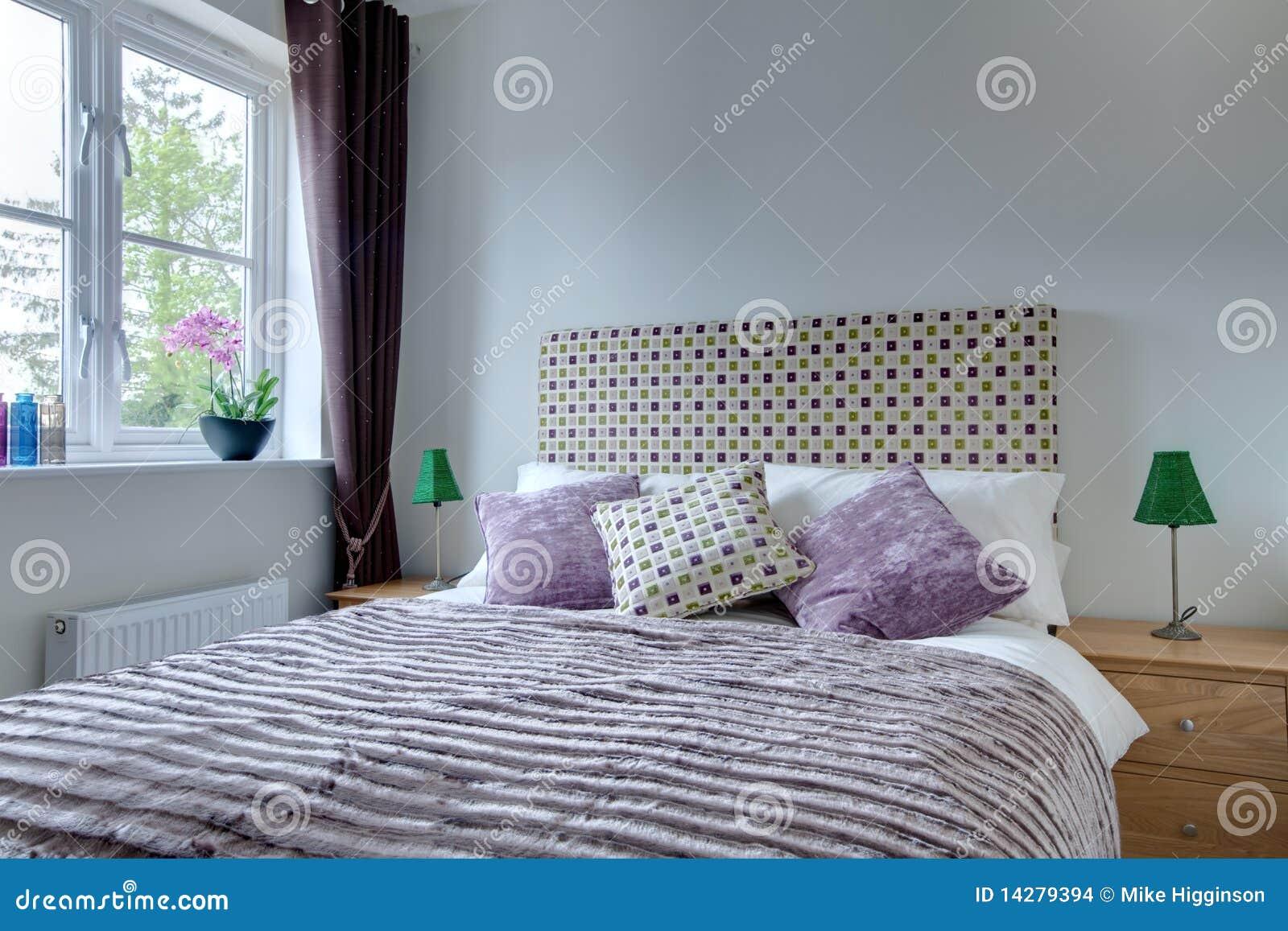 Particolare moderno della camera da letto fotografia stock - Parete colorata camera da letto ...