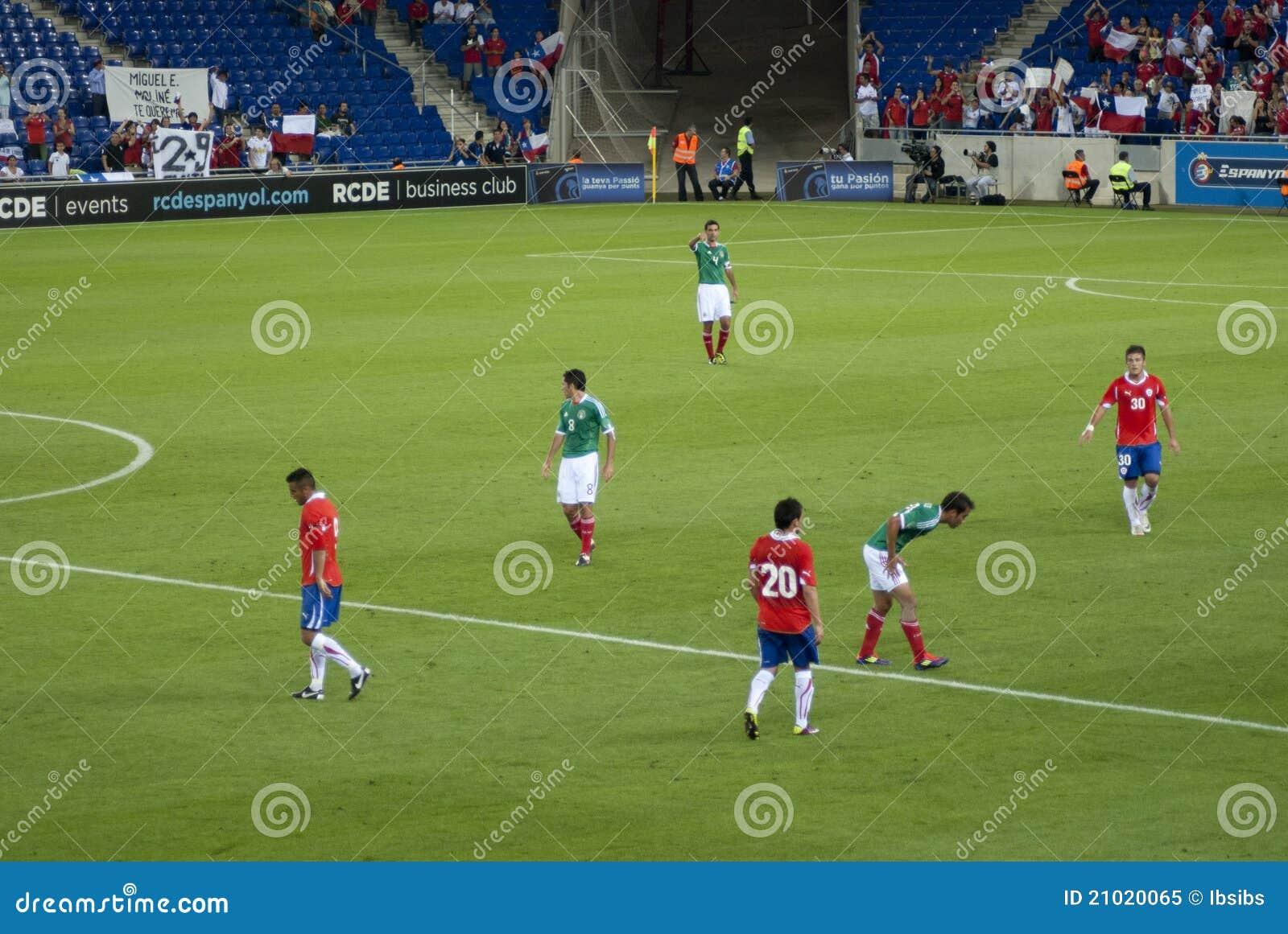Partido de fútbol México-Chile. 04/september/2011. Estadio de ...