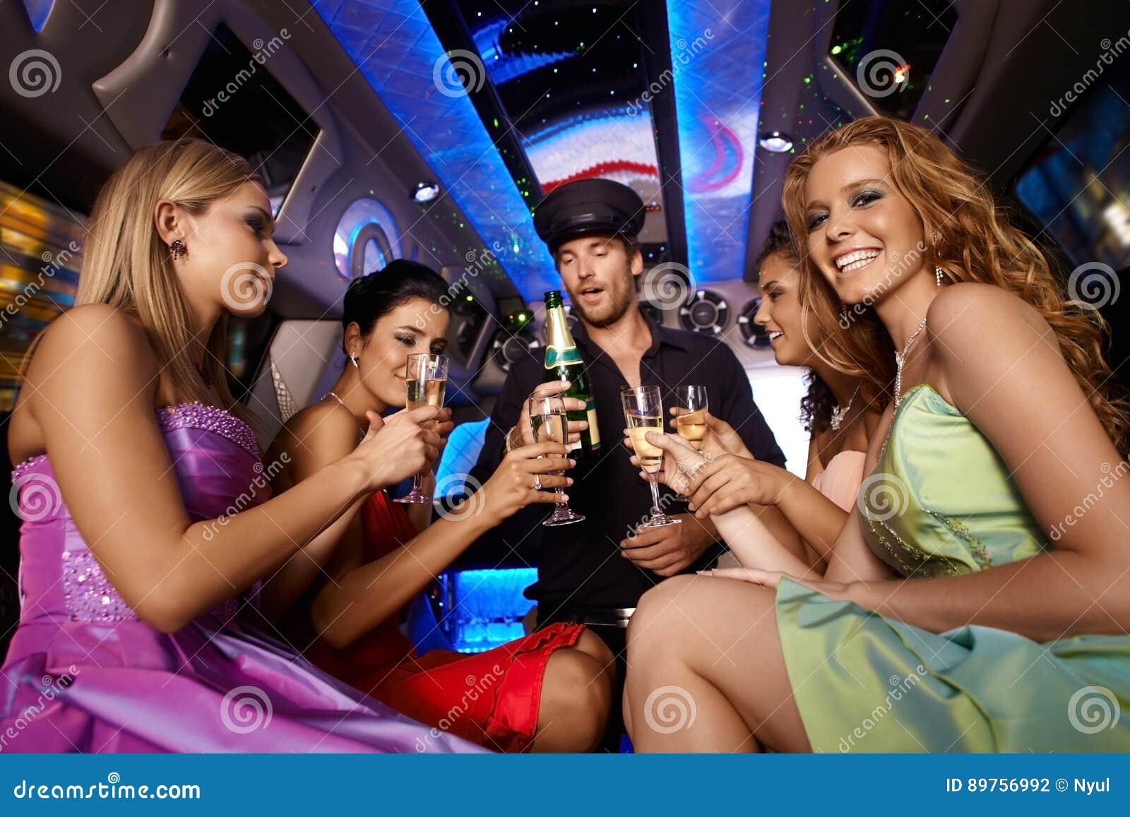 Partijpret in limousine