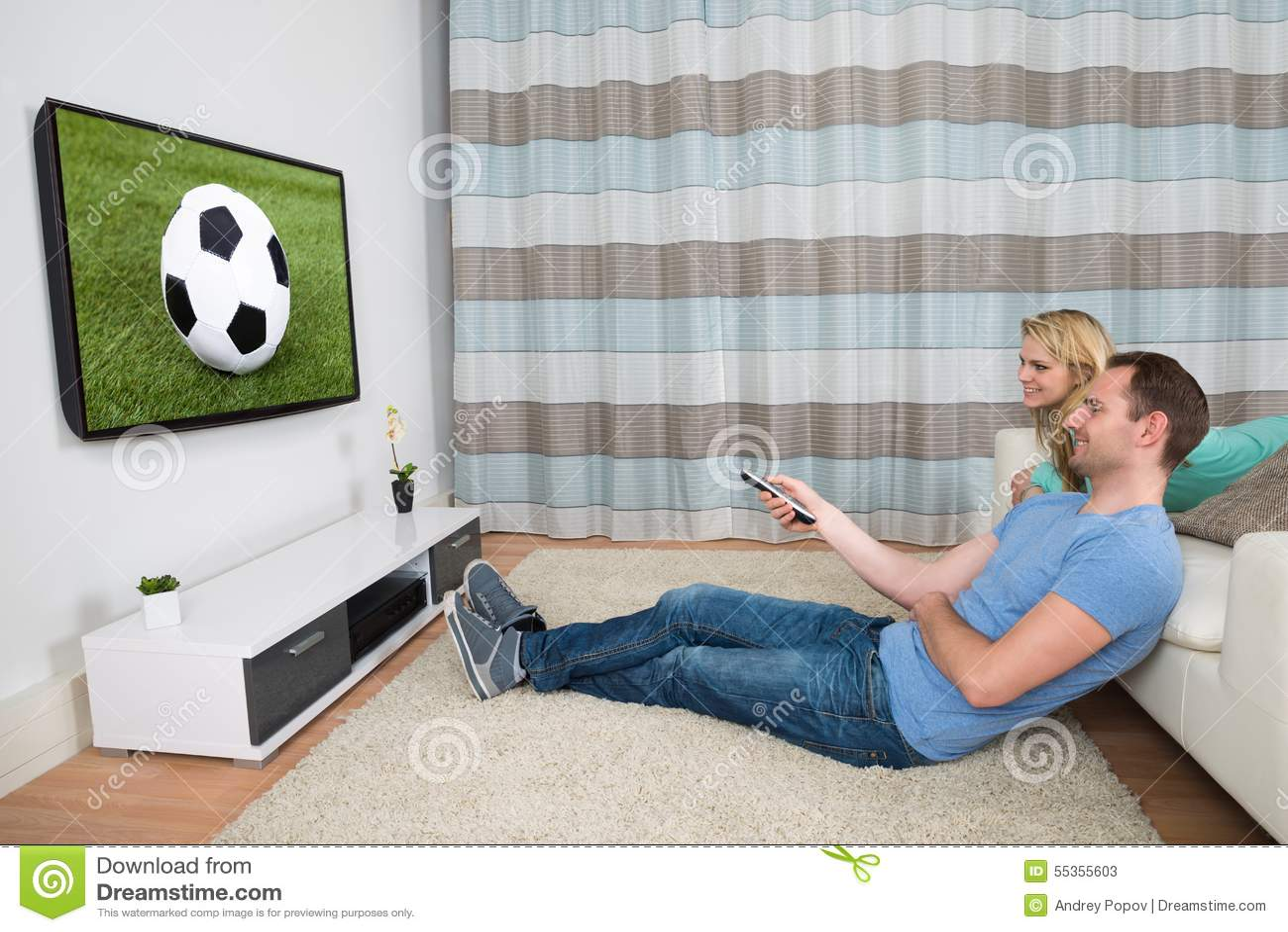 Partita di calcio di sorveglianza delle coppie