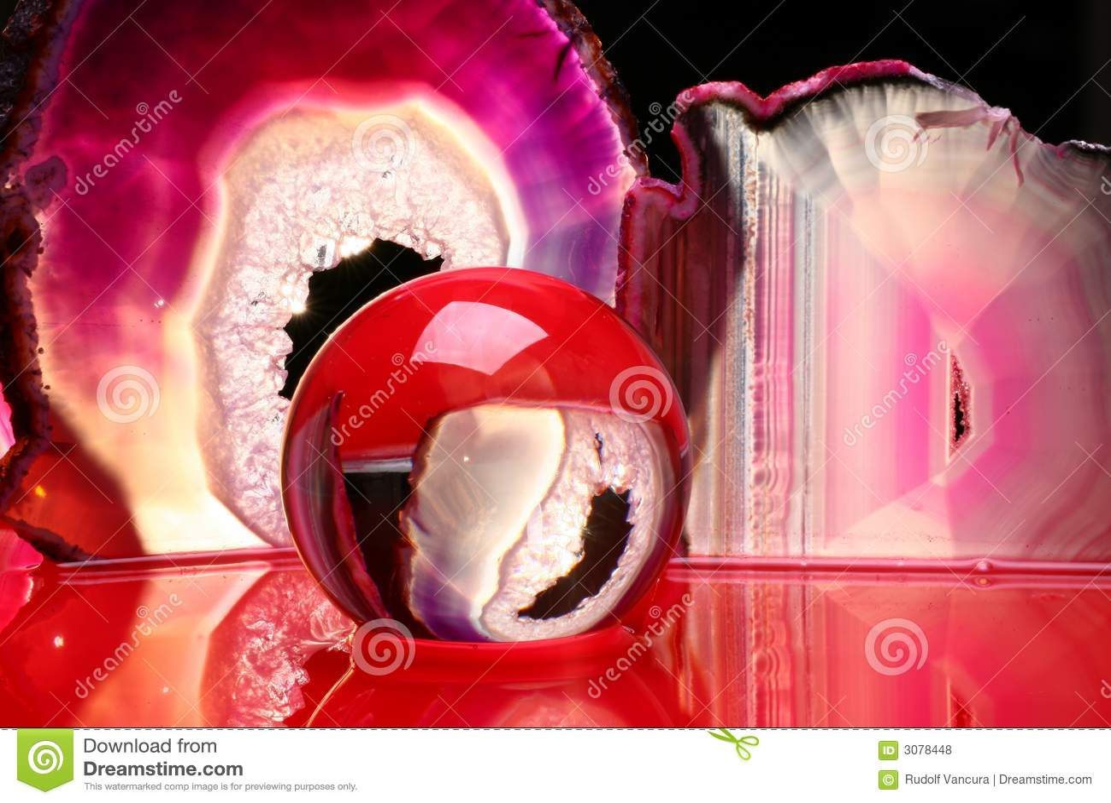 Parts de bille en cristal et d 39 agate photos libres de - Animation chromatographie sur couche mince ...
